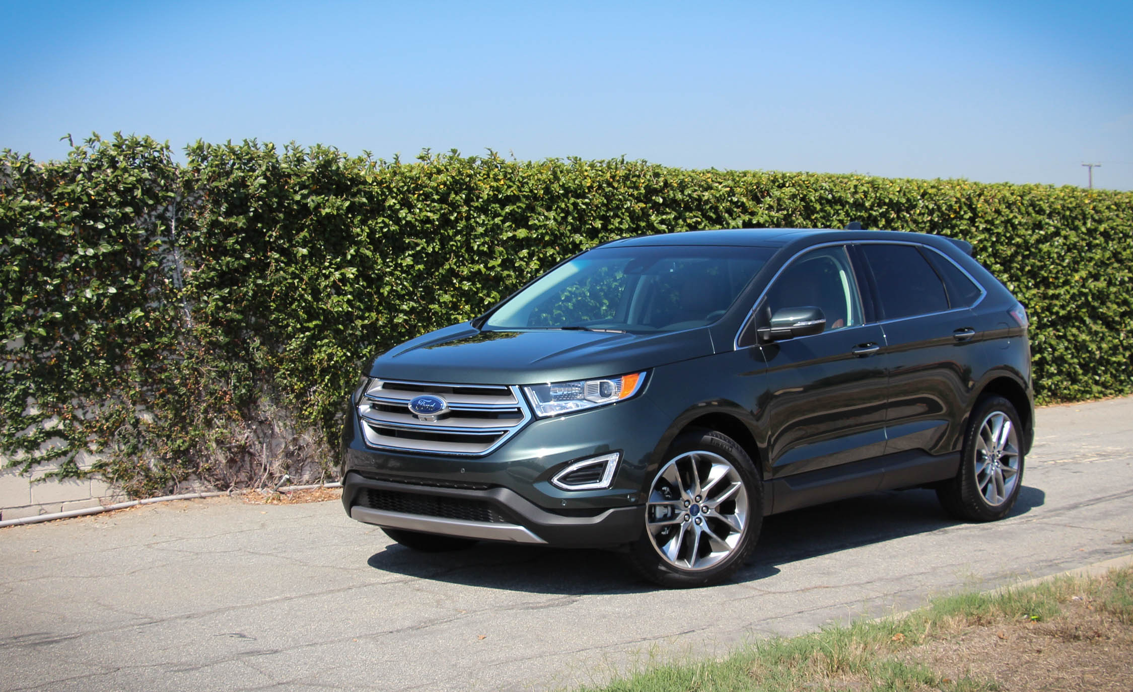 2015 Ford Edge  (Photo 1 of 19)