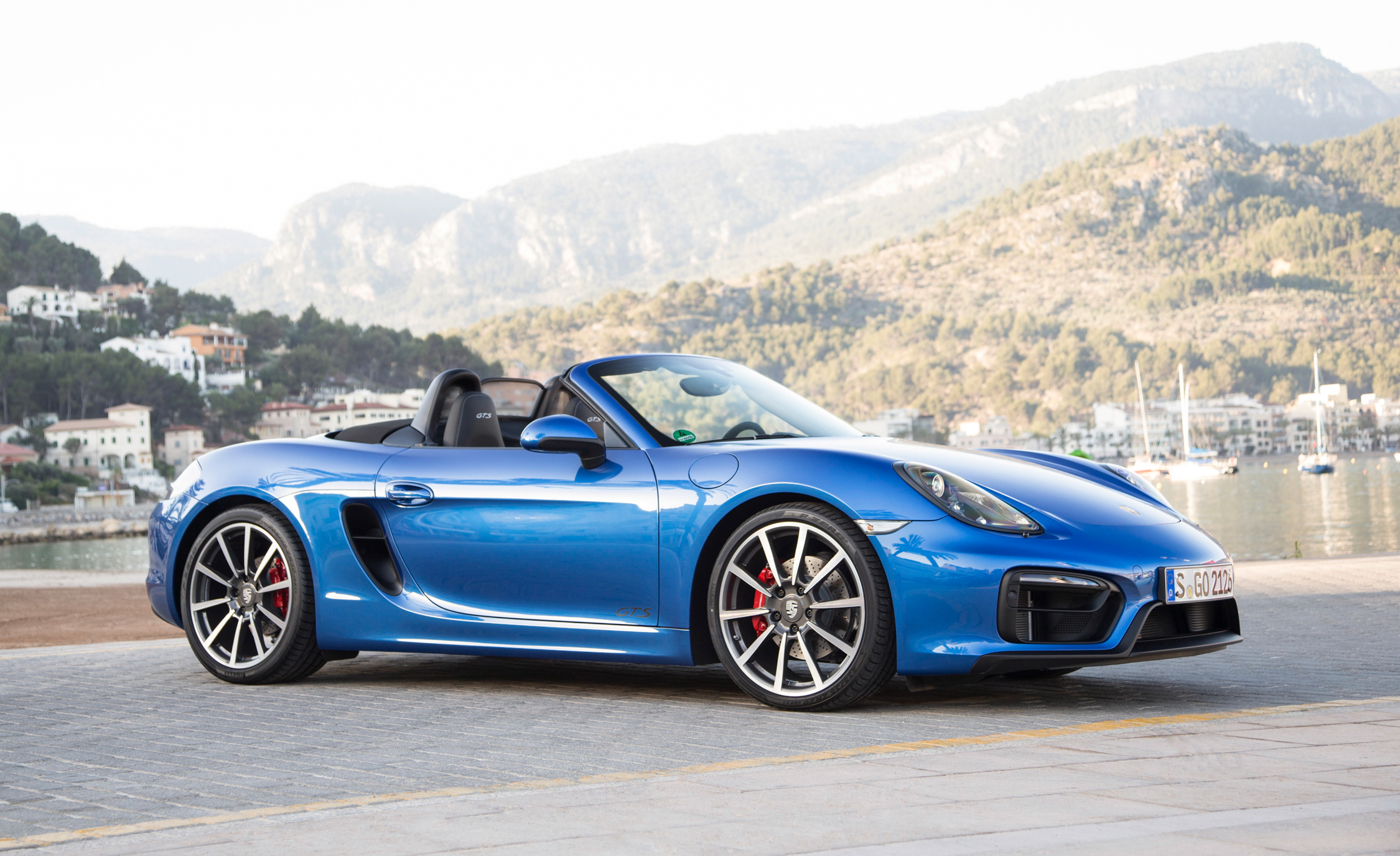 2015 Porsche Boxster GTS (Photo 1 of 24)