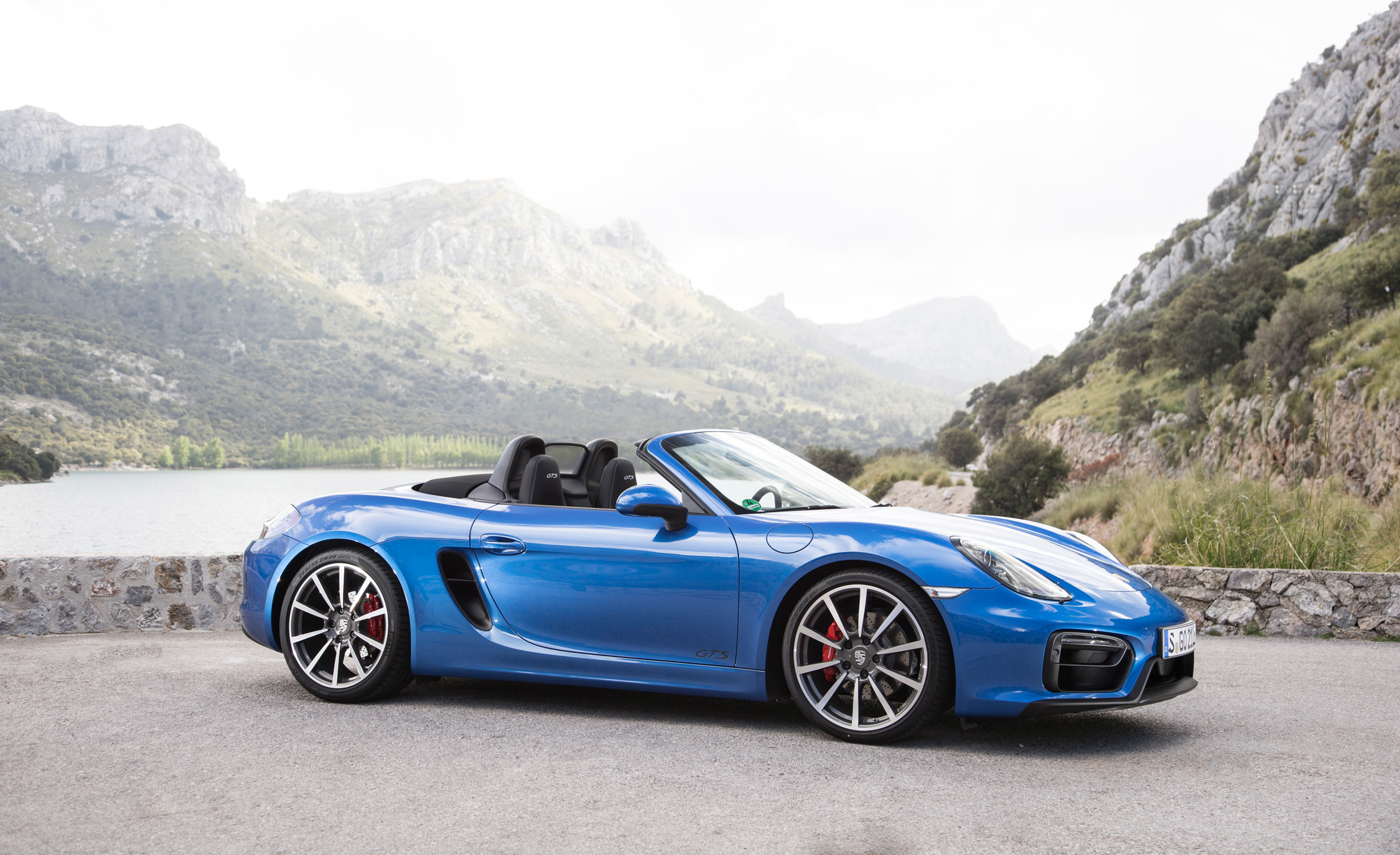2015 Porsche Boxster GTS (Photo 3 of 24)