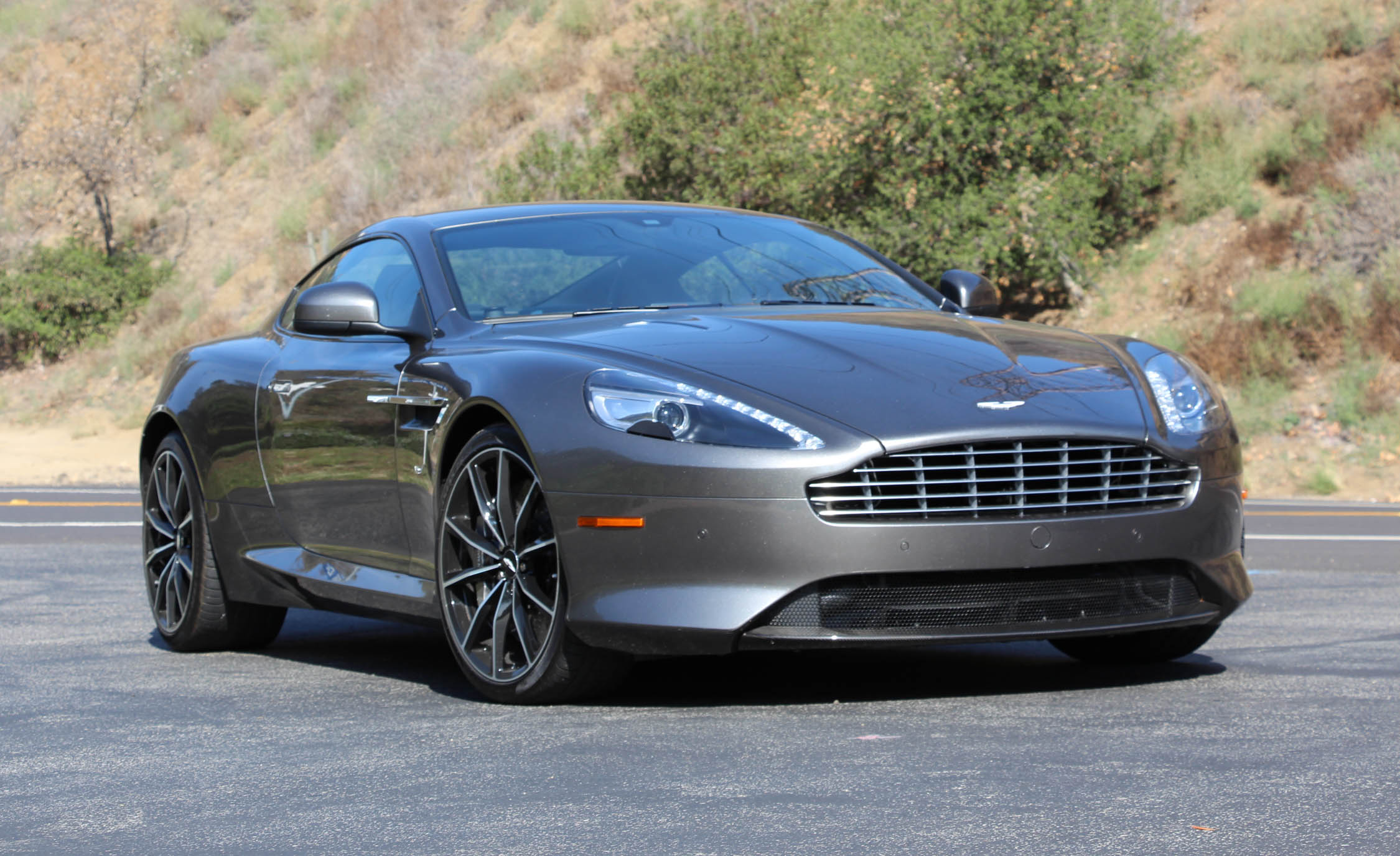 Featured Image of 2016 Aston Martin DB9 GT