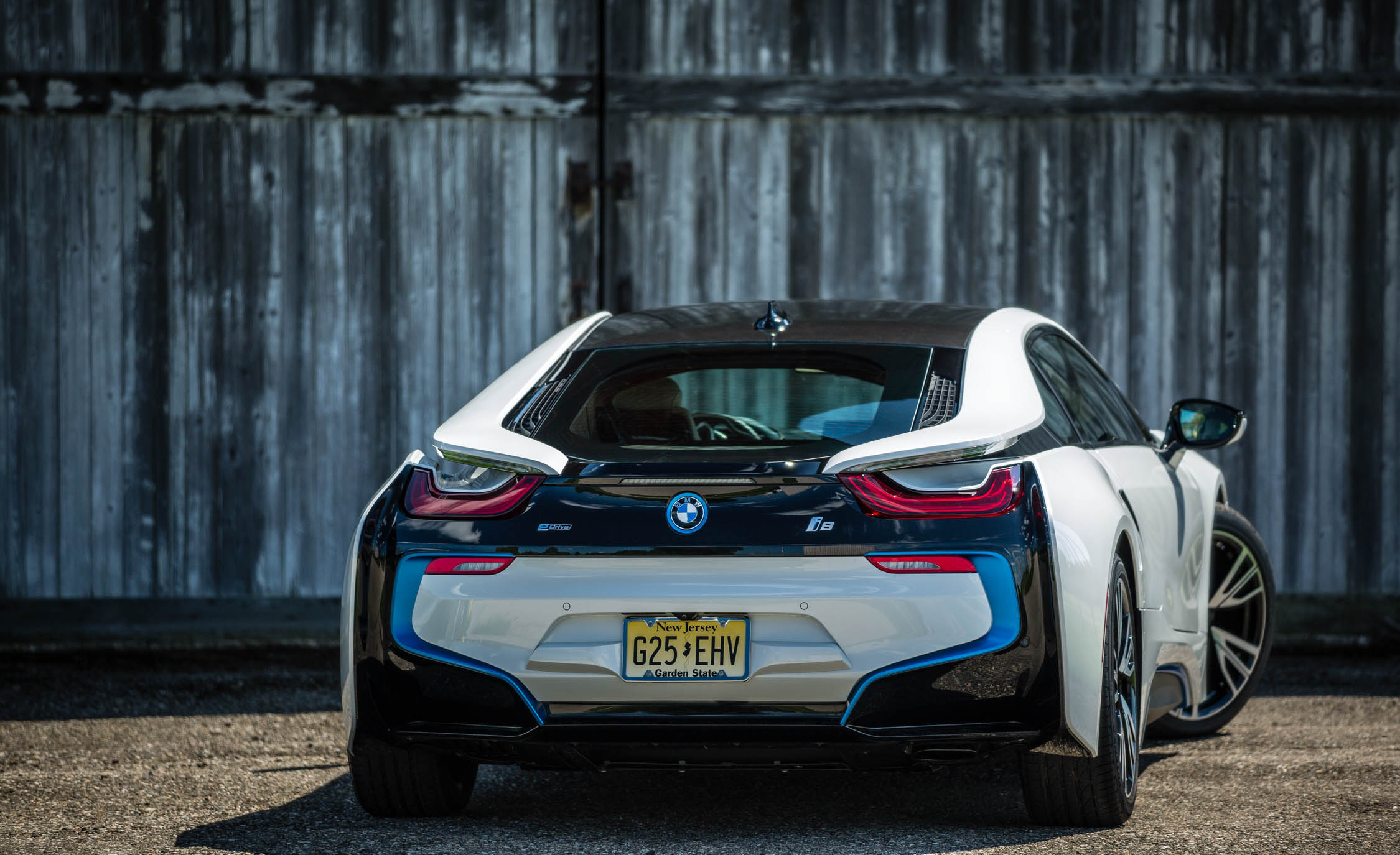 2016 BMW I (Photo 13 of 16)
