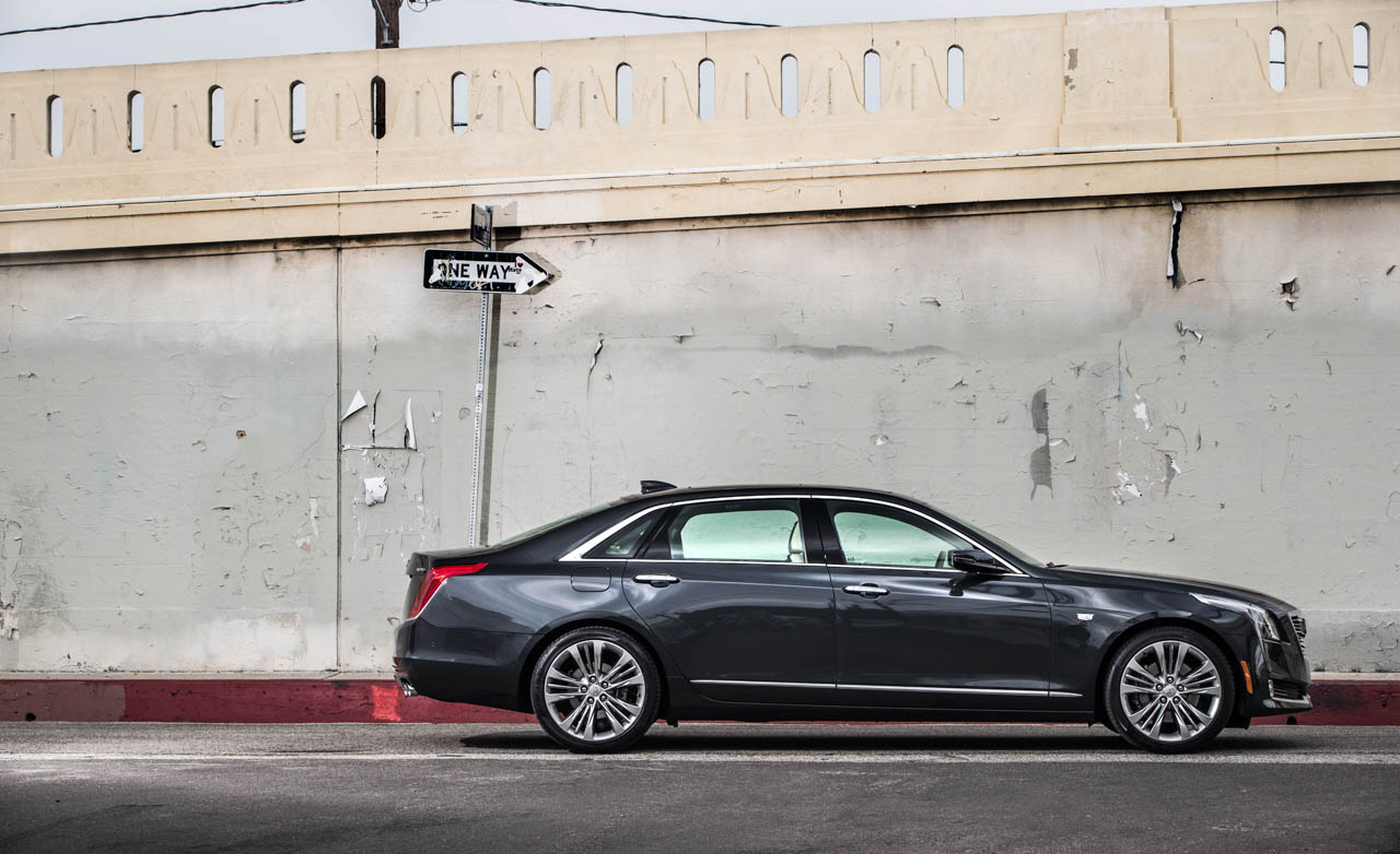 2016 Cadillac CT (Photo 15 of 21)