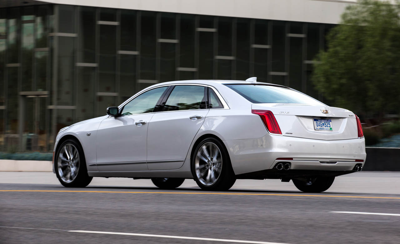 2016 Cadillac CT (Photo 9 of 21)