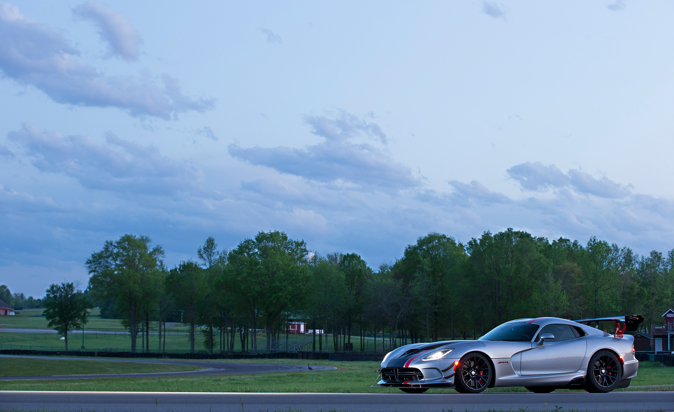 2016 Dodge Viper ACR (Photo 14 of 29)