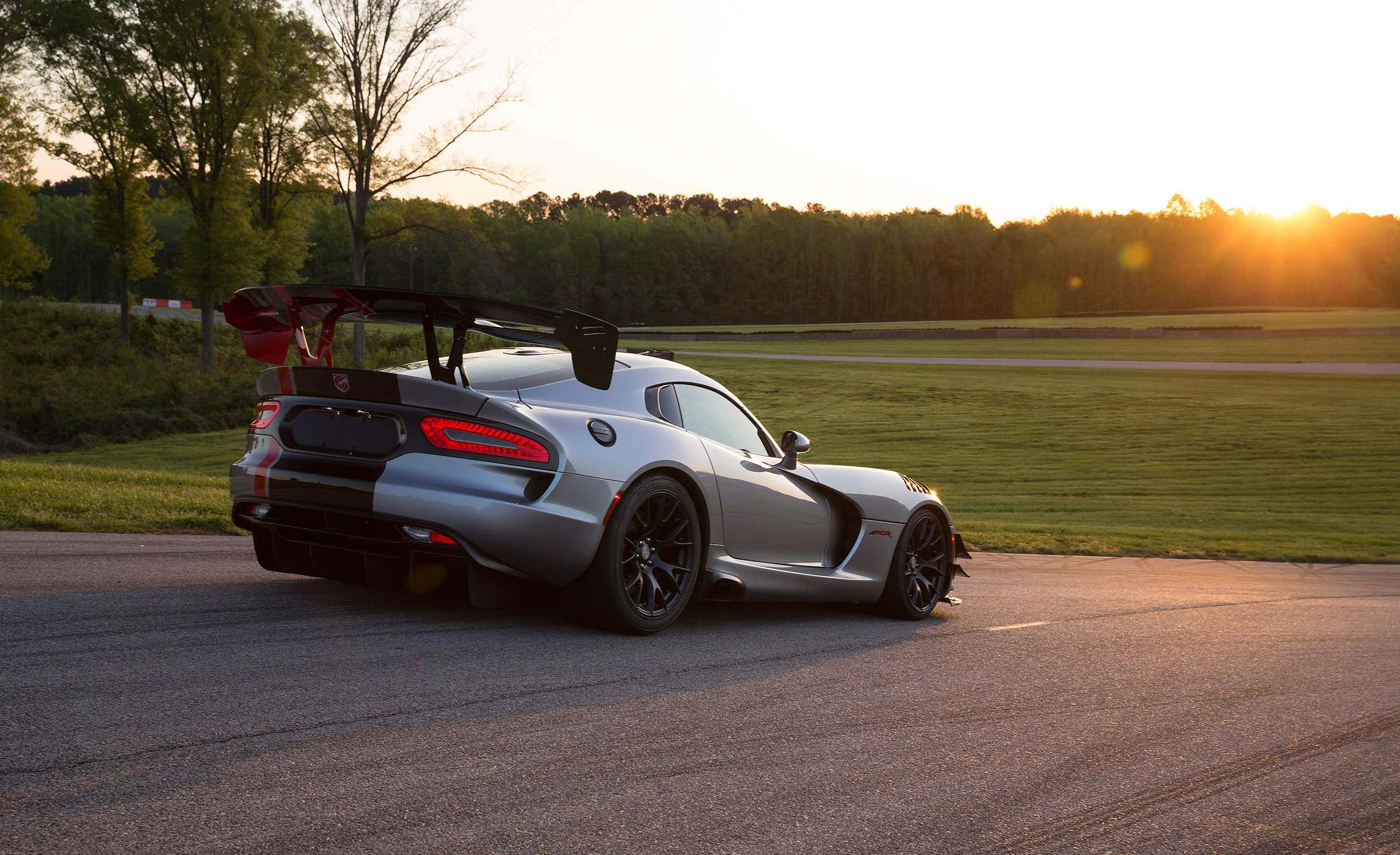 2016 Dodge Viper ACR (Photo 9 of 29)