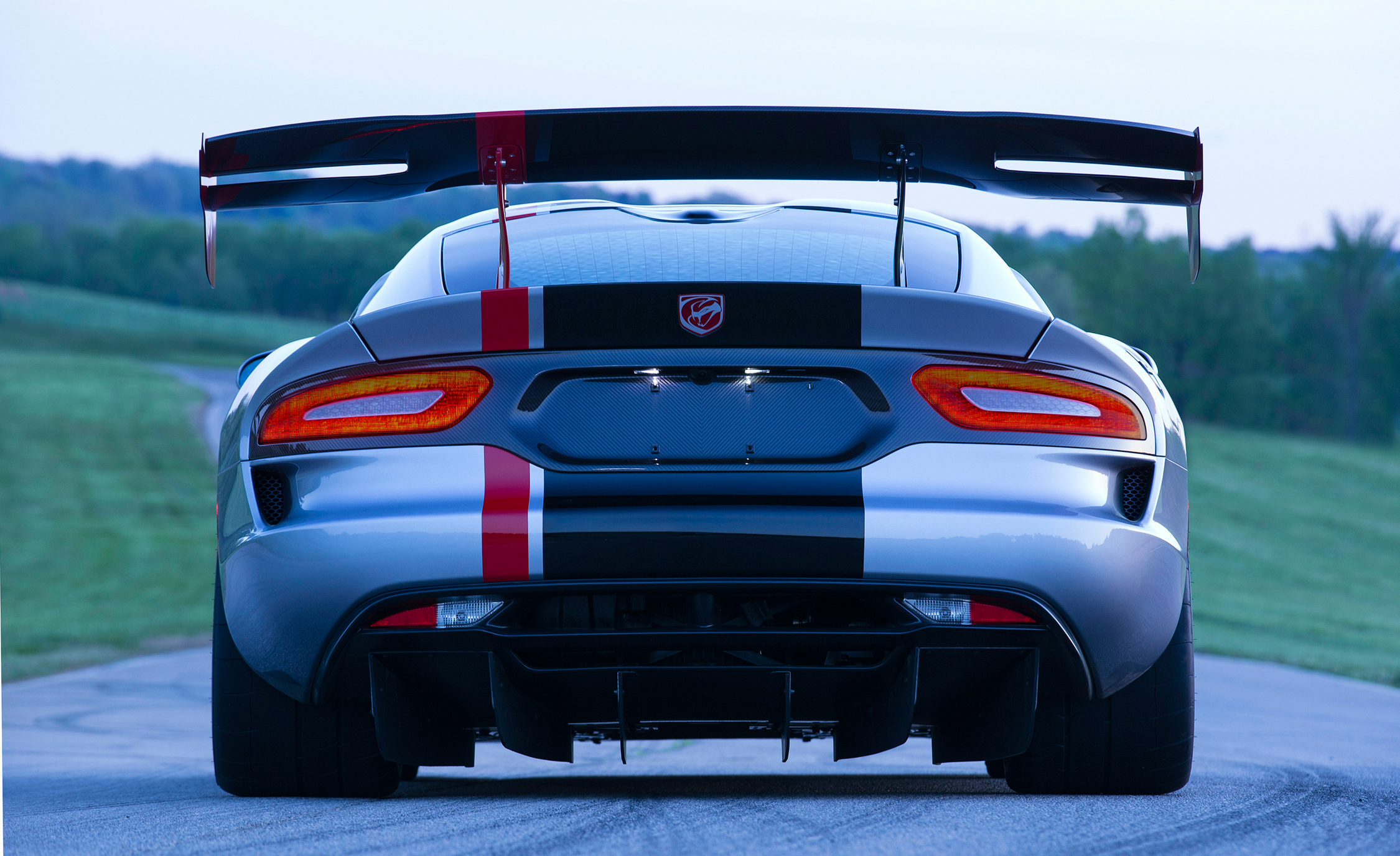2016 Dodge Viper ACR (Photo 8 of 29)
