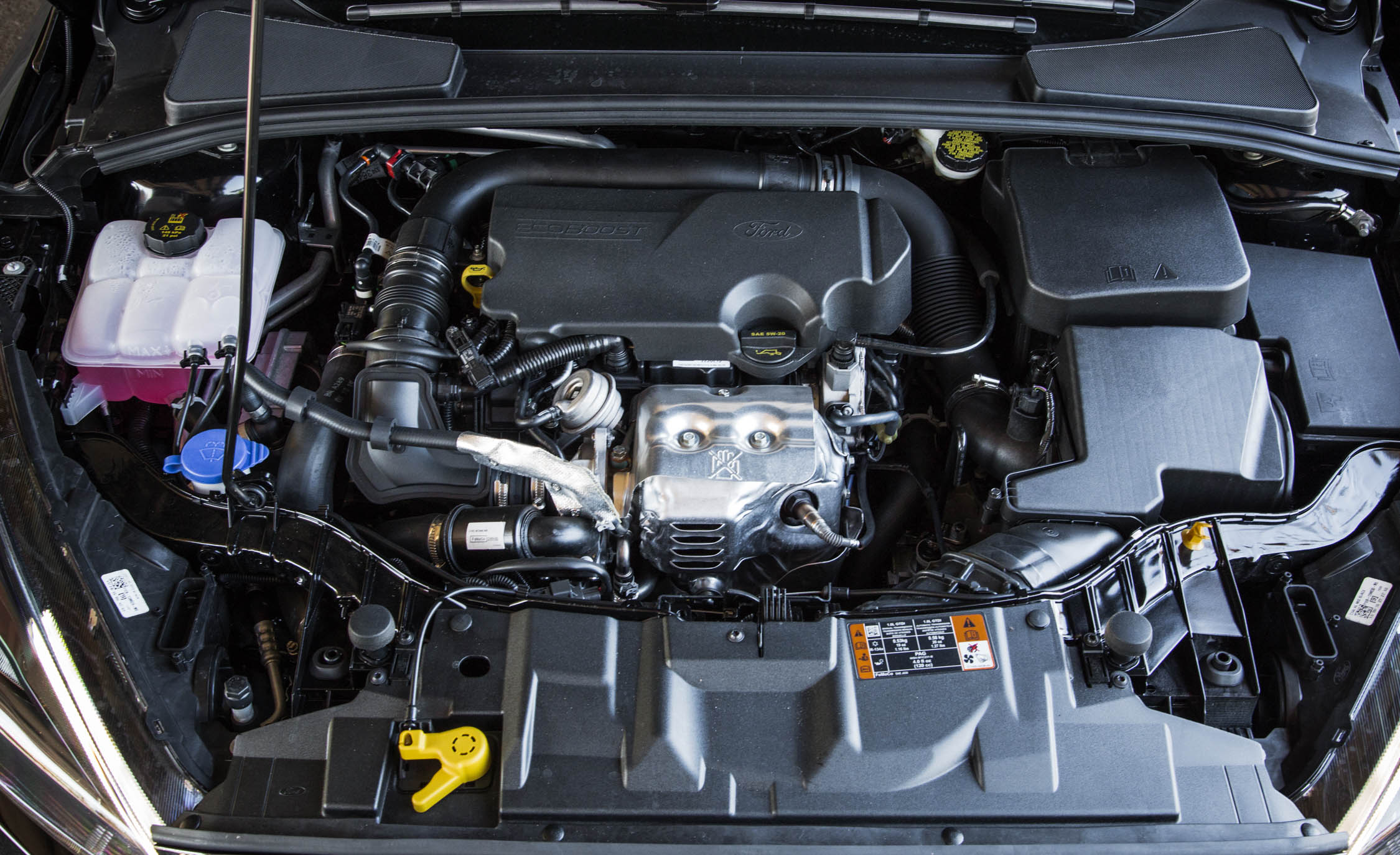 2016 Ford Focus SE EcoBoost Turbocharged (View 16 of 17)