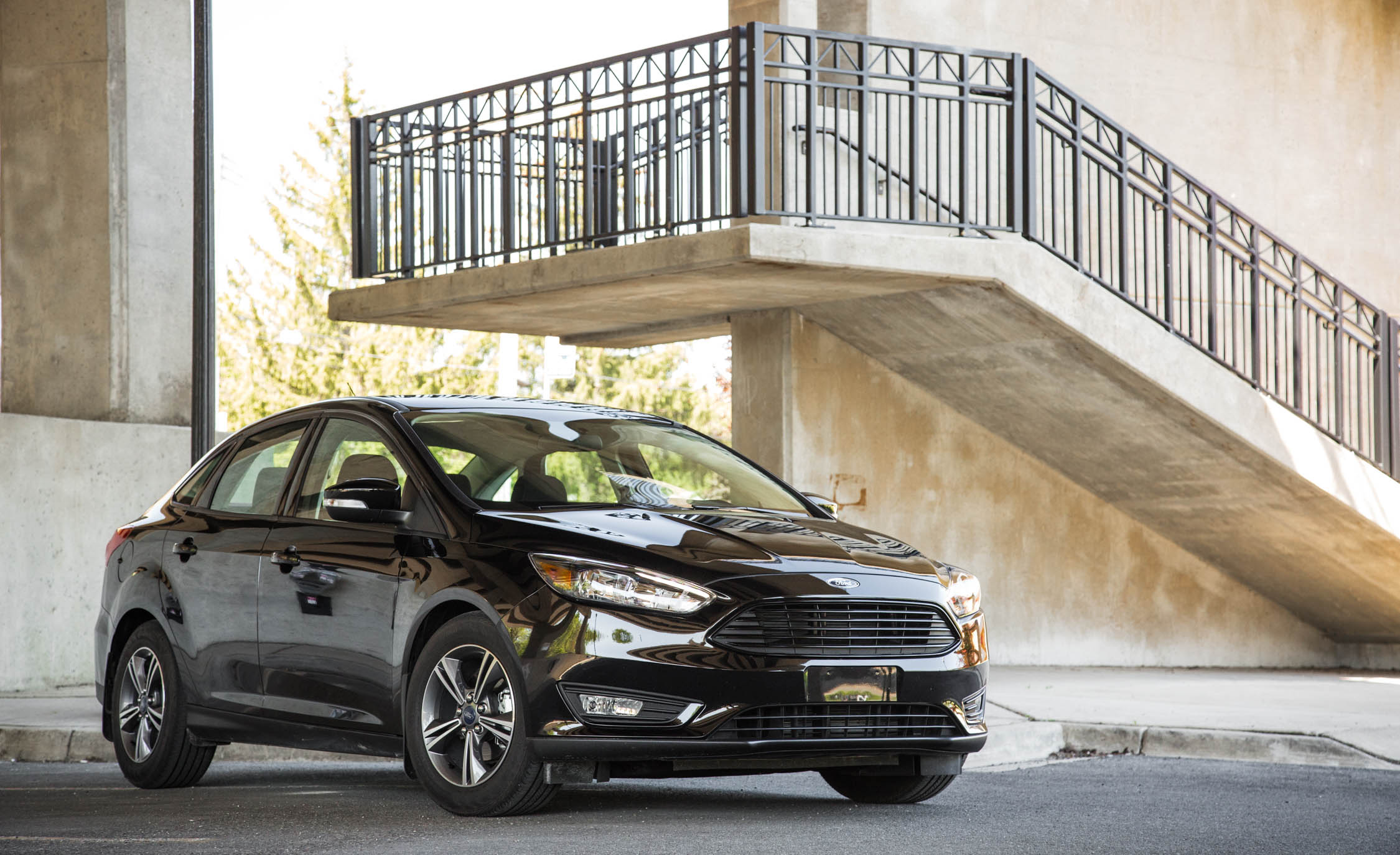 2016 Ford Focus SE EcoBoost (View 1 of 17)
