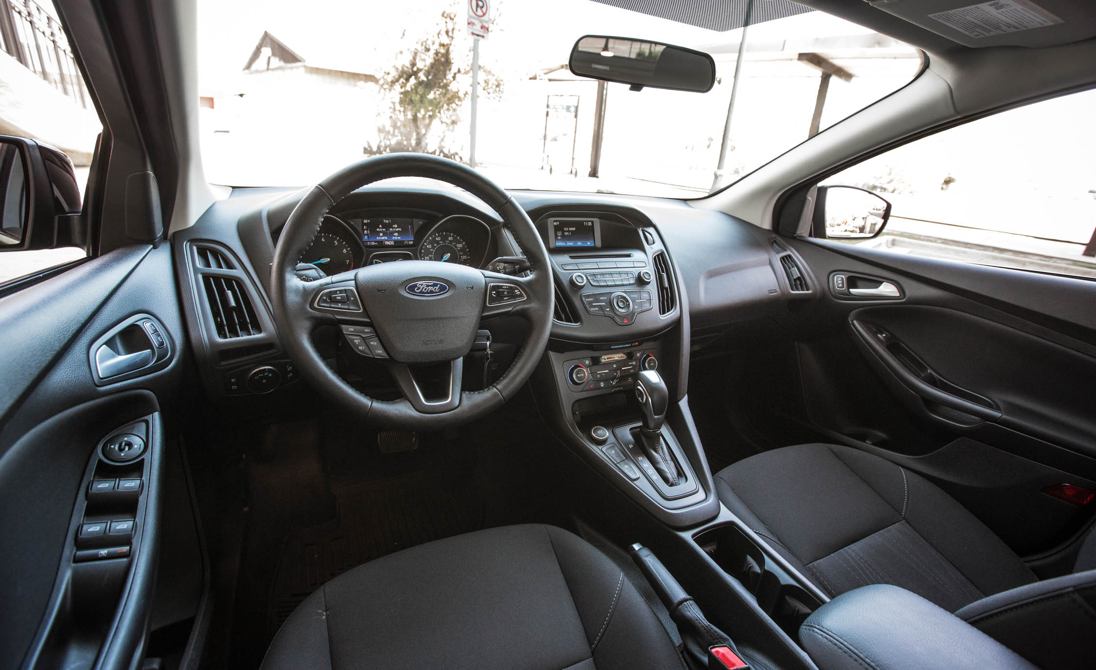 2016 Ford Focus SE EcoBoost (View 11 of 17)