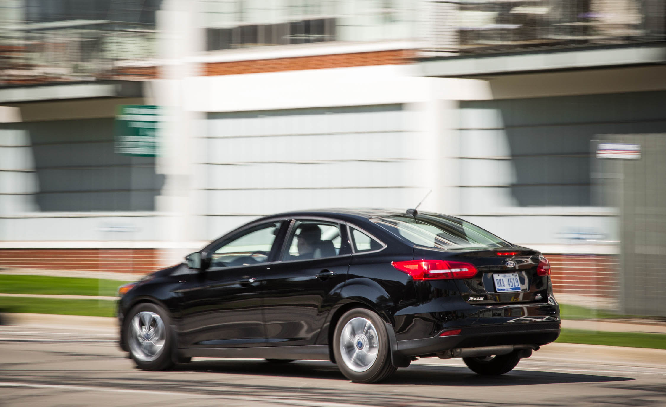 2016 Ford Focus SE EcoBoost (View 12 of 17)