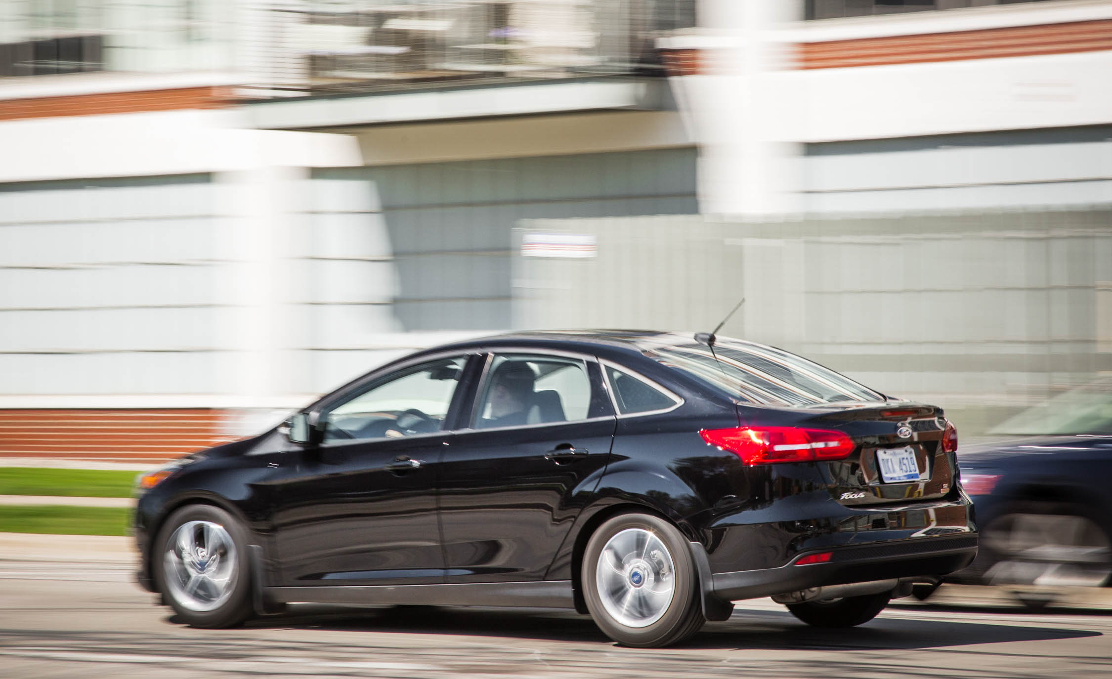 2016 Ford Focus SE EcoBoost (View 13 of 17)