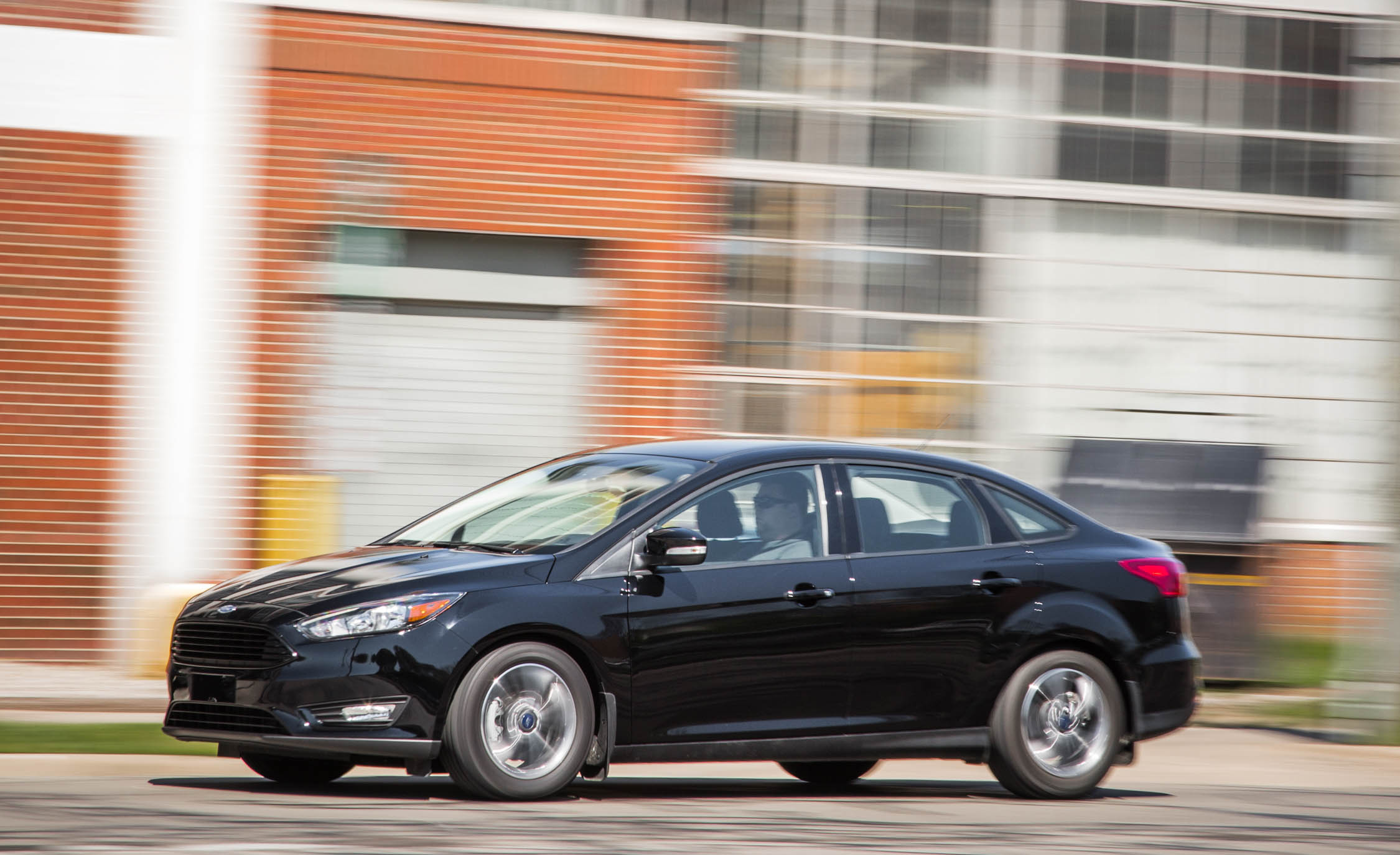 2016 Ford Focus SE EcoBoost (View 15 of 17)