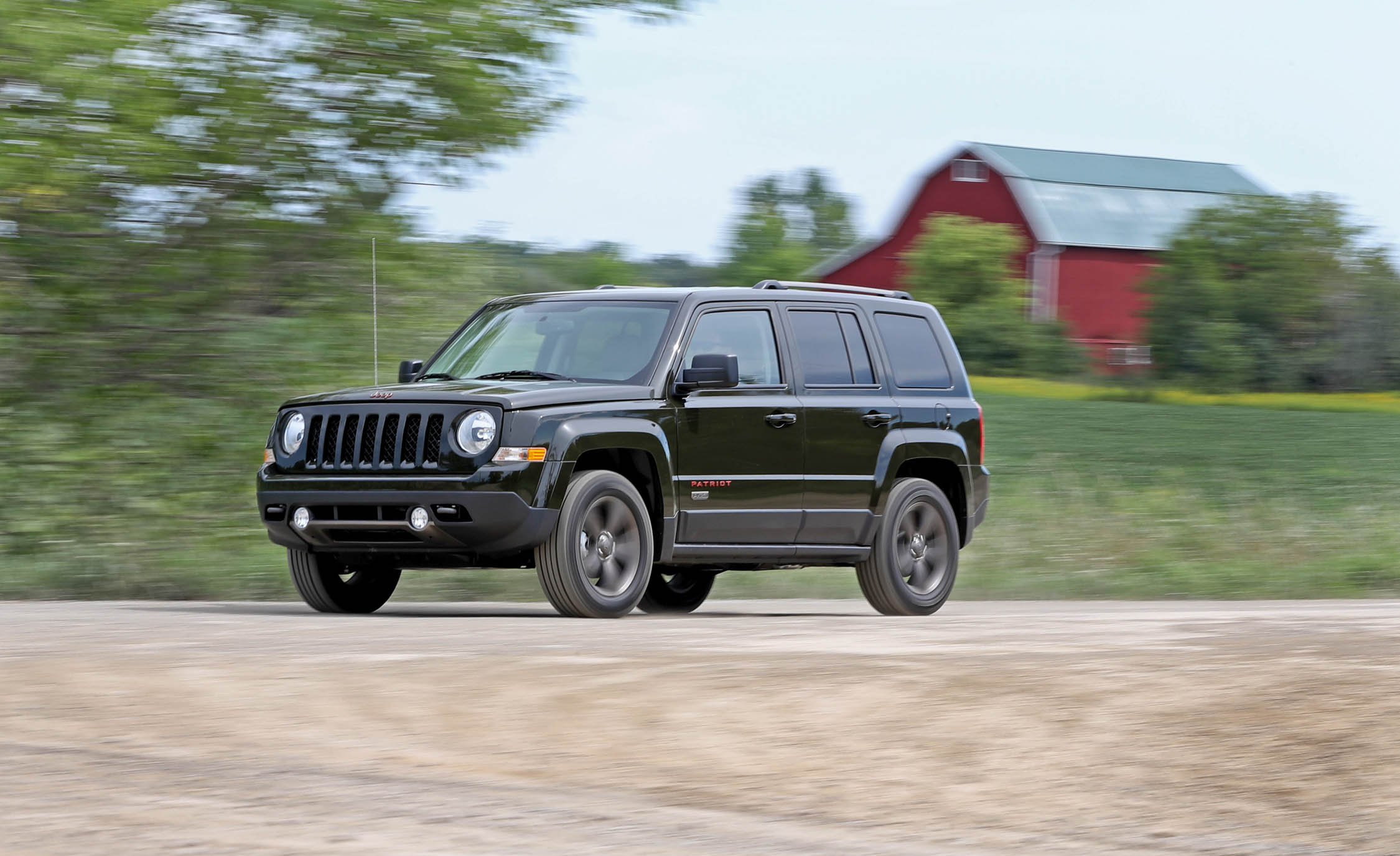 2016 Jeep Patriot Test Drive Front And Side View (Photo 18 of 27)