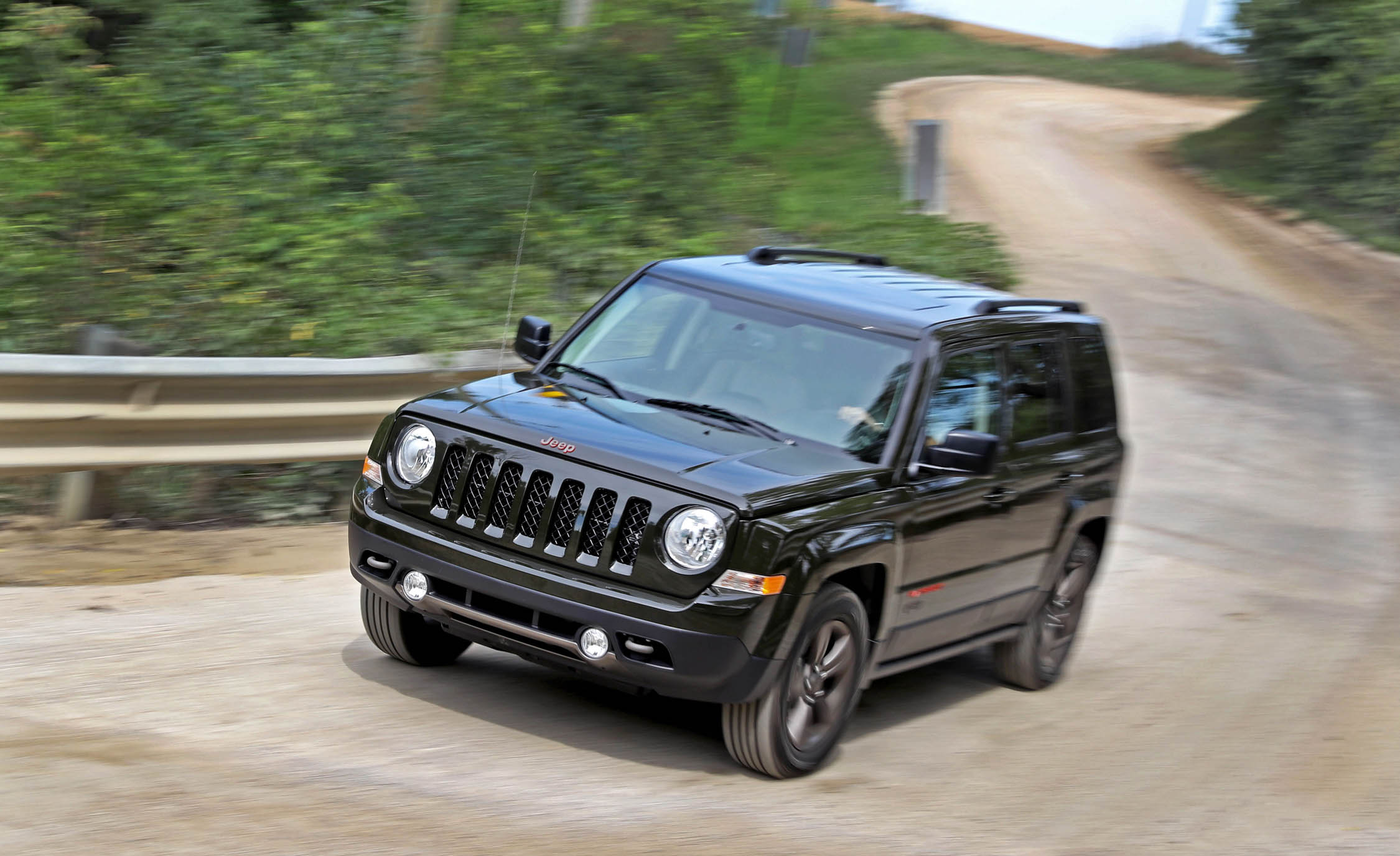 2016 Jeep Patriot Test Drive Performance (Photo 21 of 27)