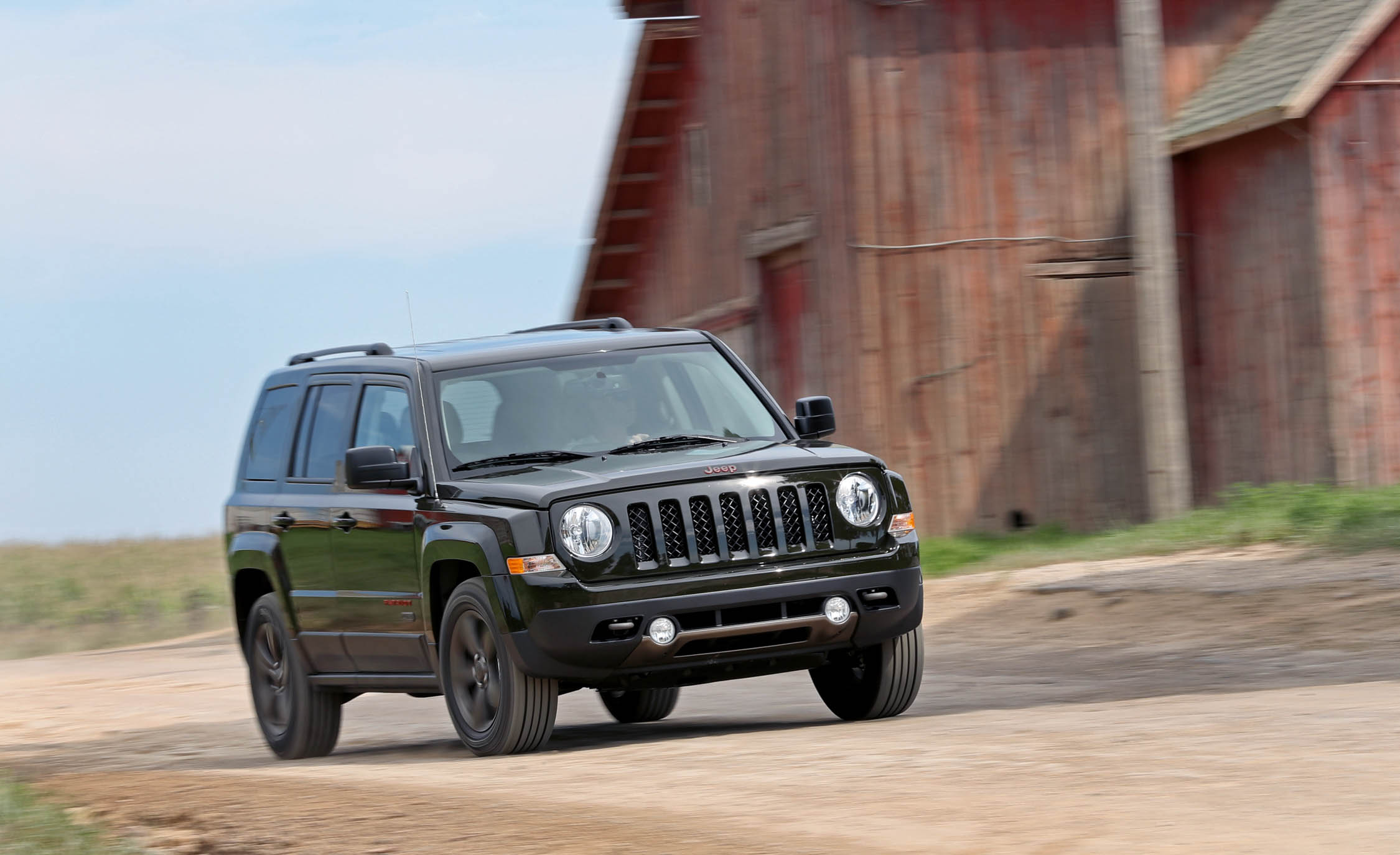 2016 Jeep Patriot Test Drive (Photo 17 of 27)