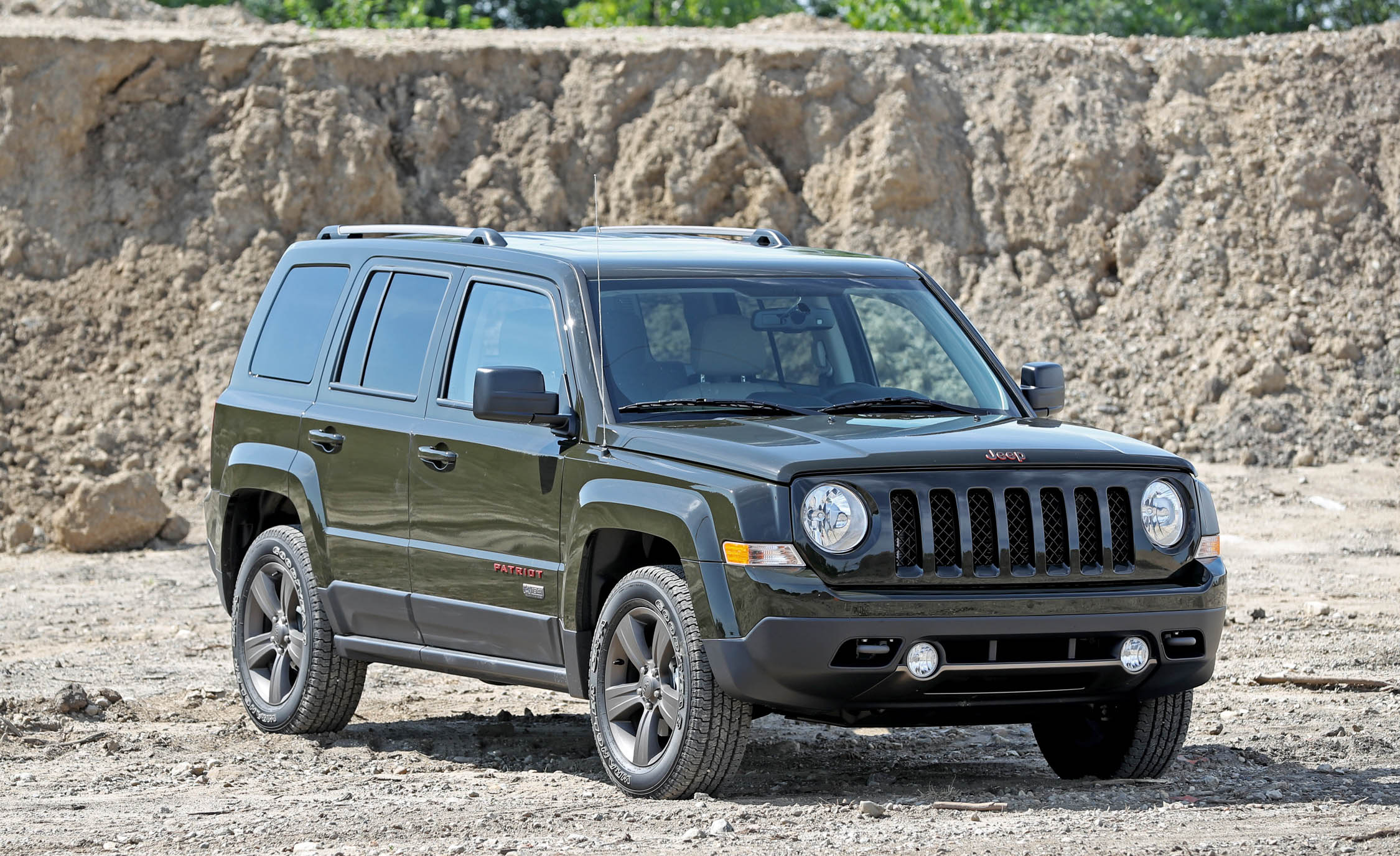 Featured Image of 2016 Jeep Patriot