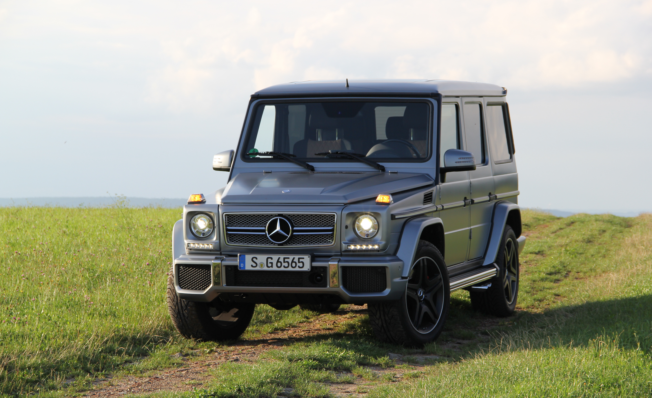2016 Mercedes Benz G65 AMG (Photo 8 of 15)