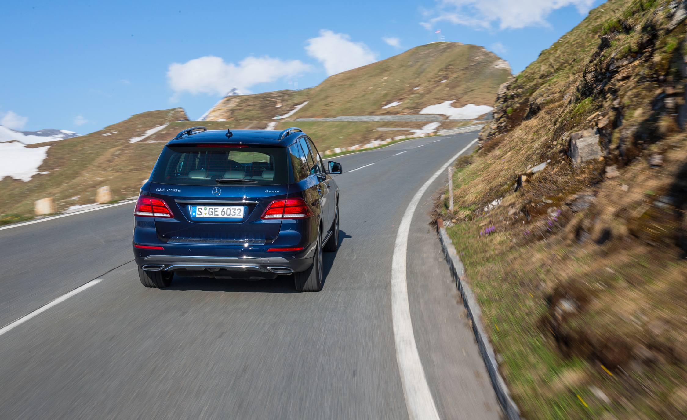 2016 Mercedes Benz GLE250d 4MATIC (Euro Spec) (Photo 13 of 43)