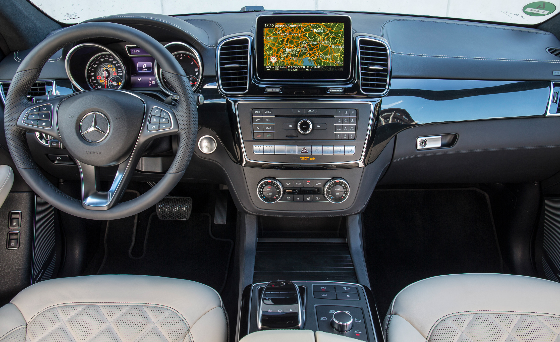2016 Mercedes Benz GLE250d 4MATIC (Euro Spec) (Photo 16 of 43)