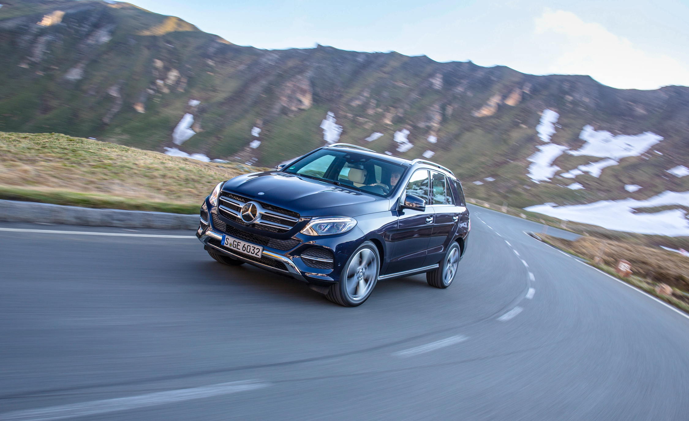 2016 Mercedes Benz GLE250d 4MATIC (Euro Spec) (Photo 6 of 43)