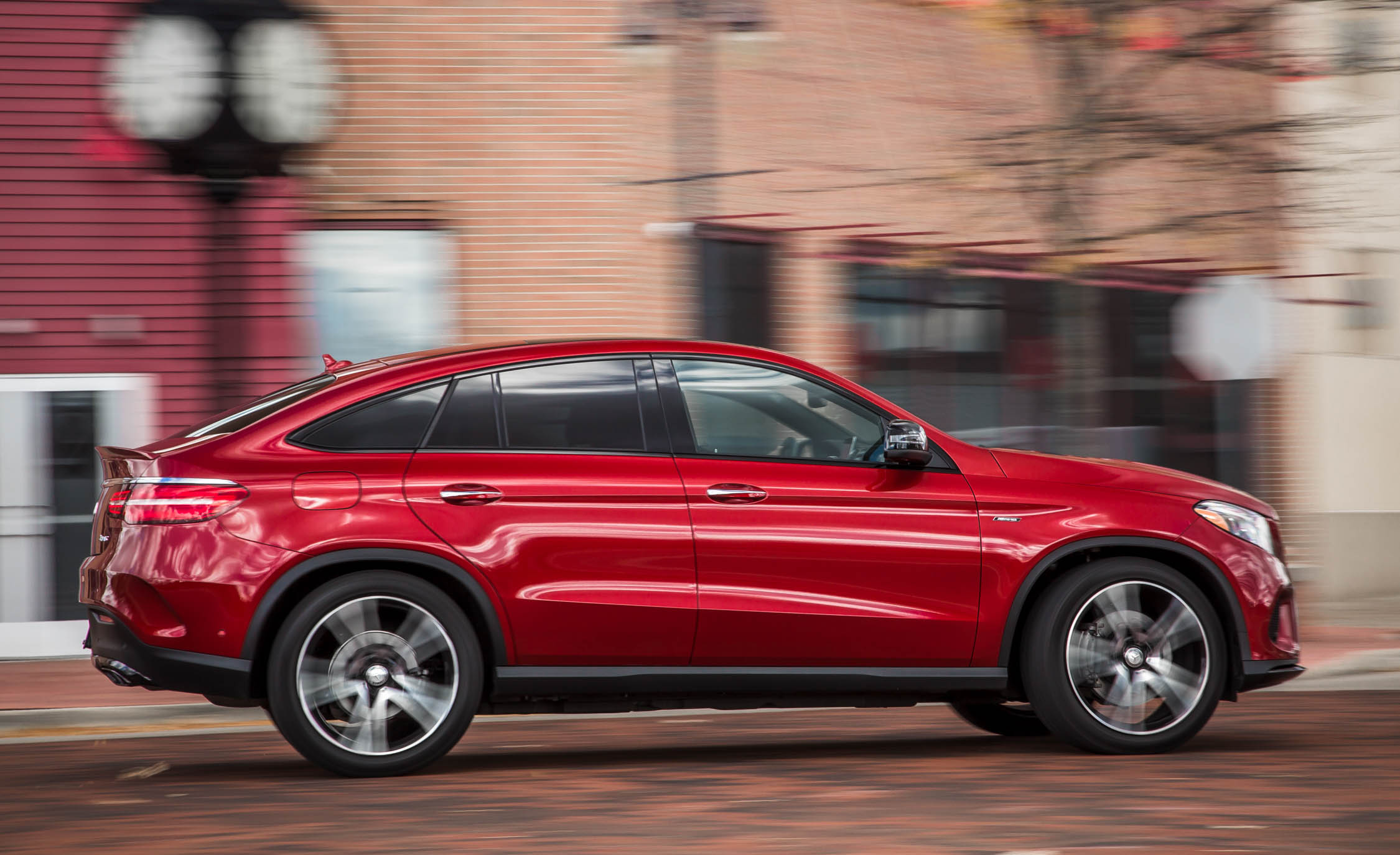 2016 Mercedes Benz GLE450 AMG Coupe (Photo 27 of 43)