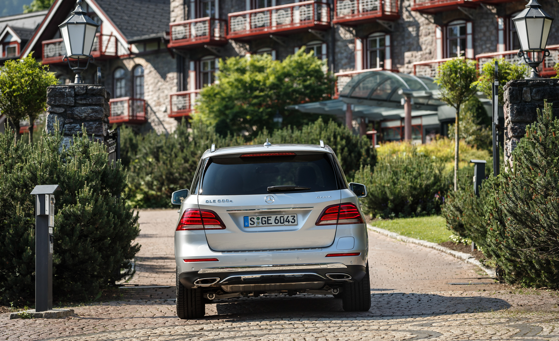 2016 Mercedes Benz GLE500e 4MATIC (View 40 of 43)