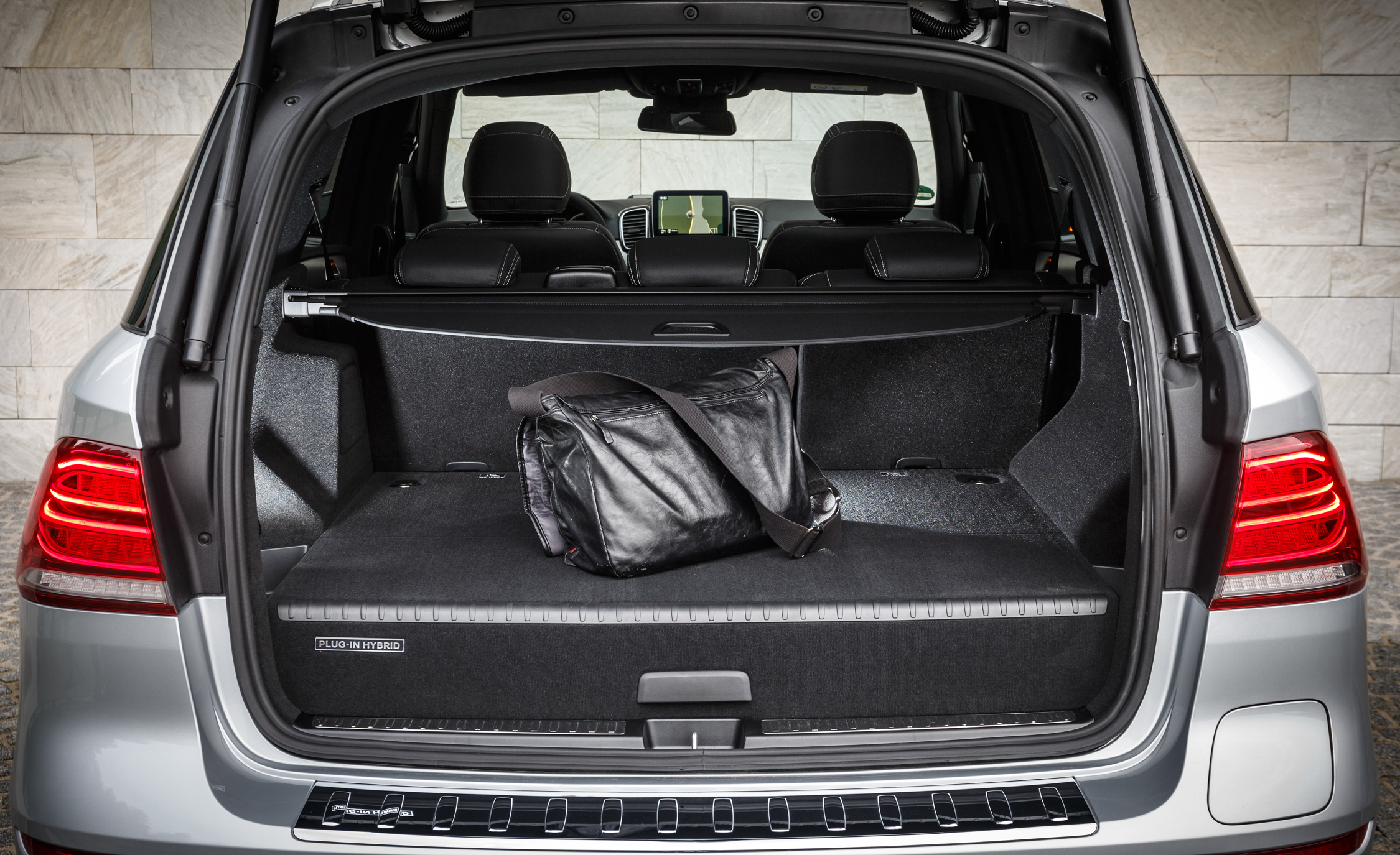 2016 Mercedes Benz GLE500e 4MATIC (View 17 of 43)