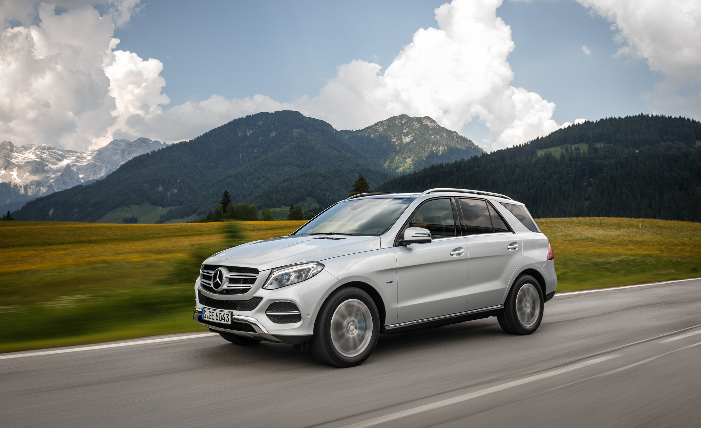 2016 Mercedes Benz GLE500e 4MATIC (View 35 of 43)