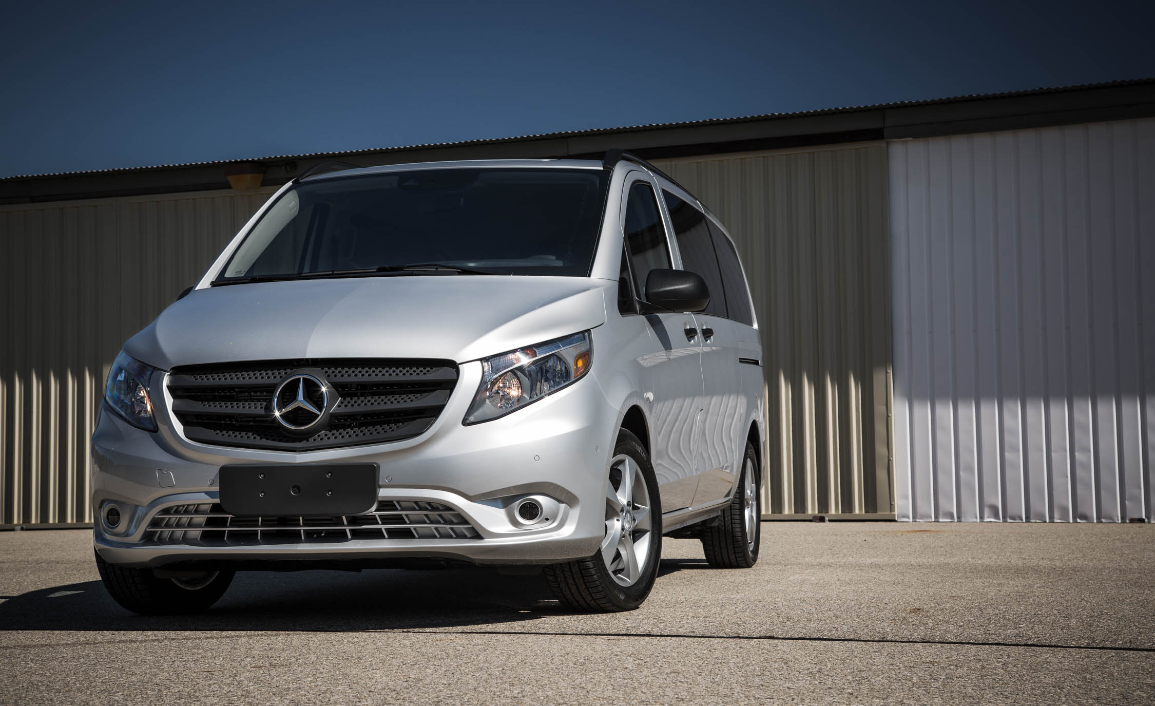 2016 Mercedes Benz Metris (Photo 16 of 30)