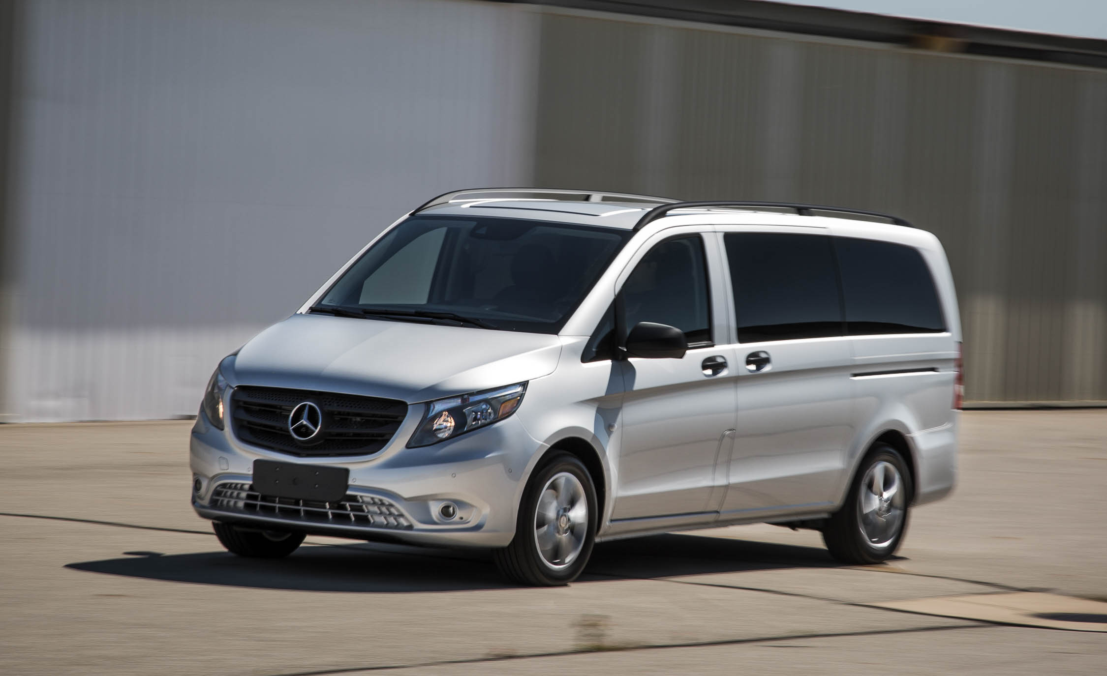 2016 Mercedes Benz Metris (Photo 10 of 30)