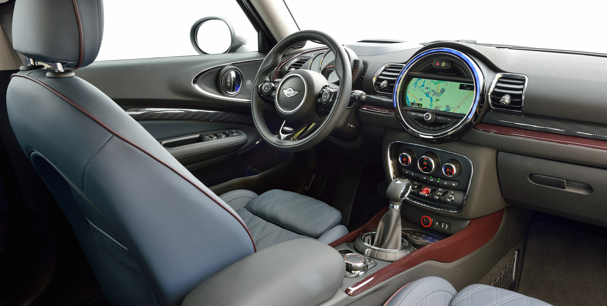 2016 Mini Cooper S Clubman Cockpit Seat (View 11 of 17)