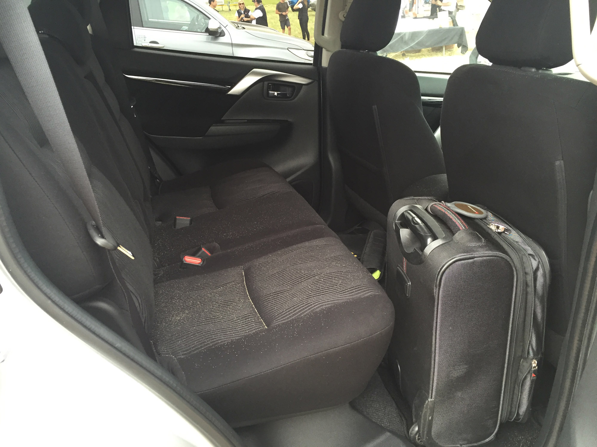 2016 Mitsubishi Pajero Sport Rear Seats Interior Space (Photo 17 of 23)