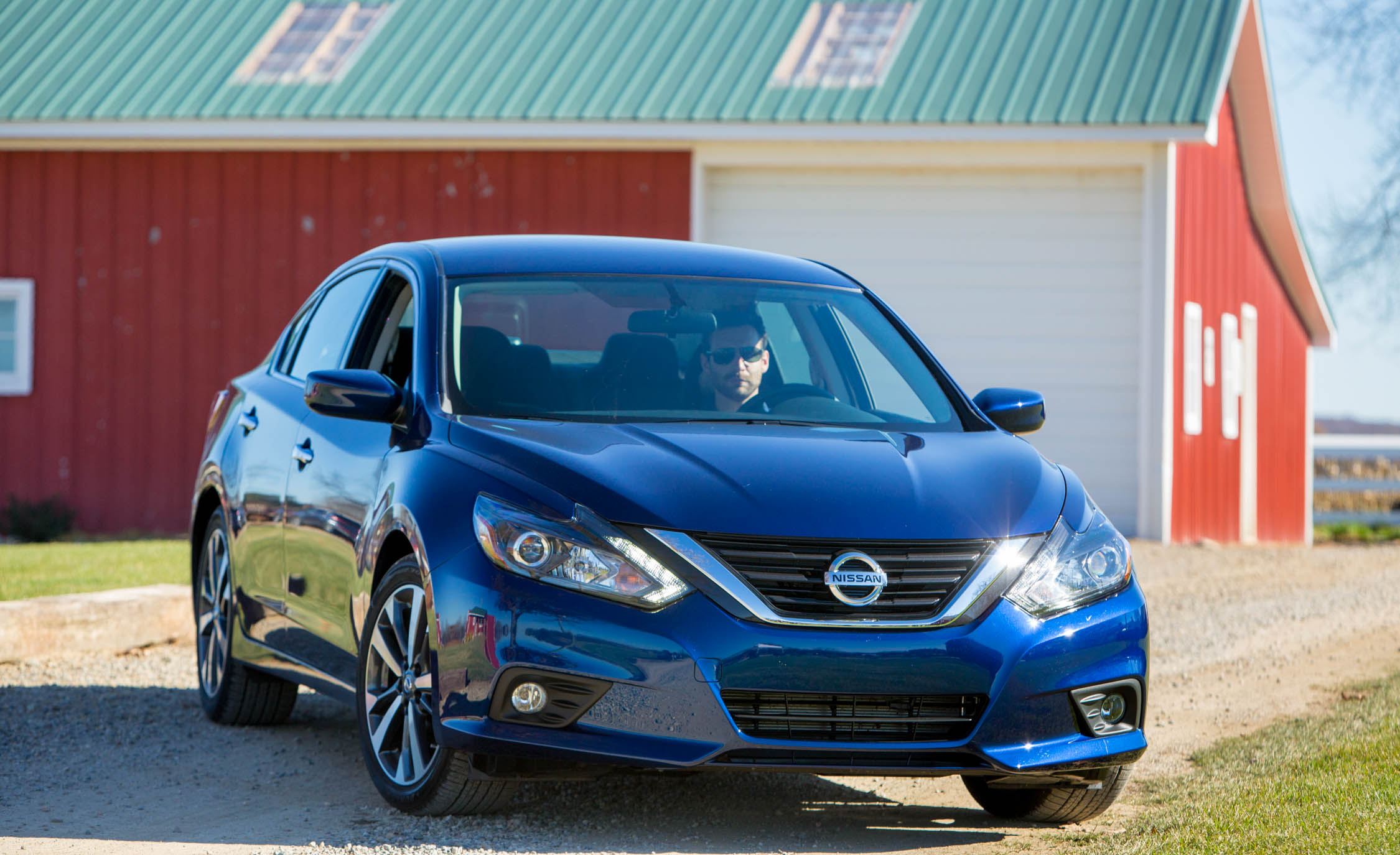 2016 Nissan Altima (View 12 of 20)