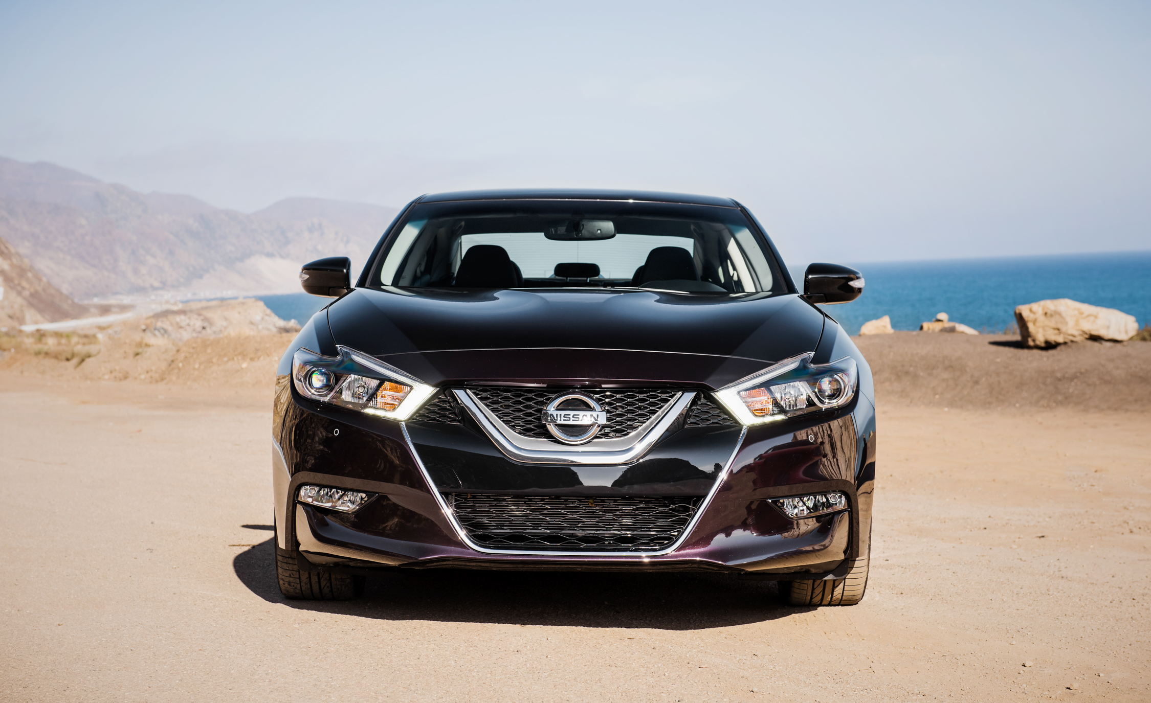 2016 Nissan Maxima SR (Photo 12 of 23)