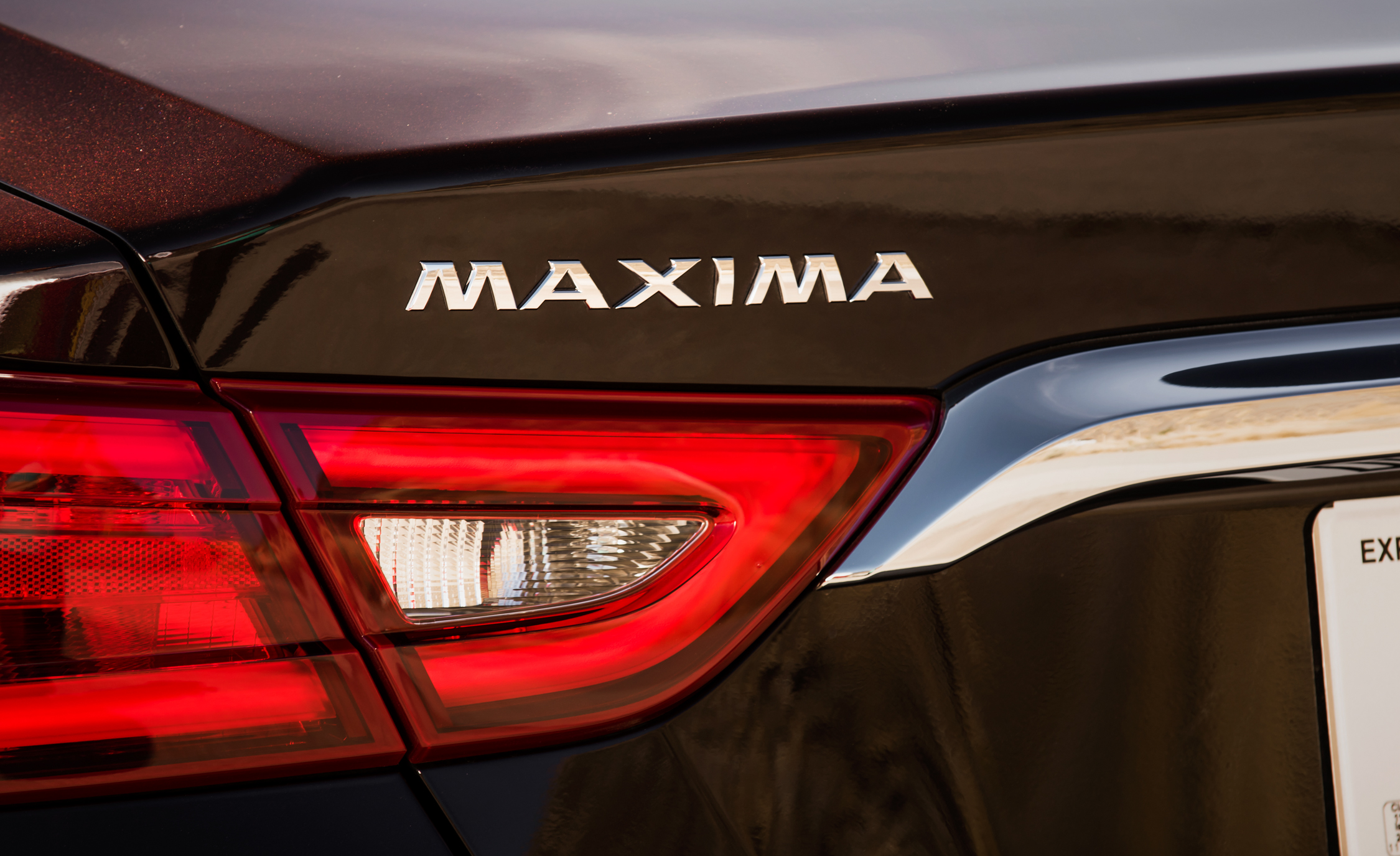 2016 Nissan Maxima SR (Photo 19 of 23)
