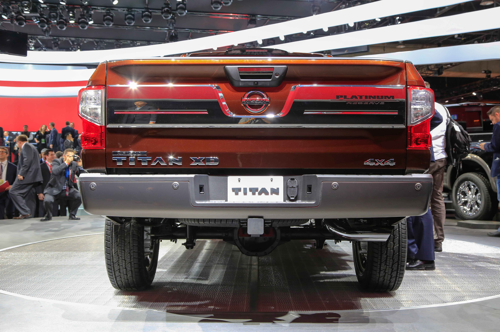 2016 Nissan Titan Rear End Photo (View 8 of 10)