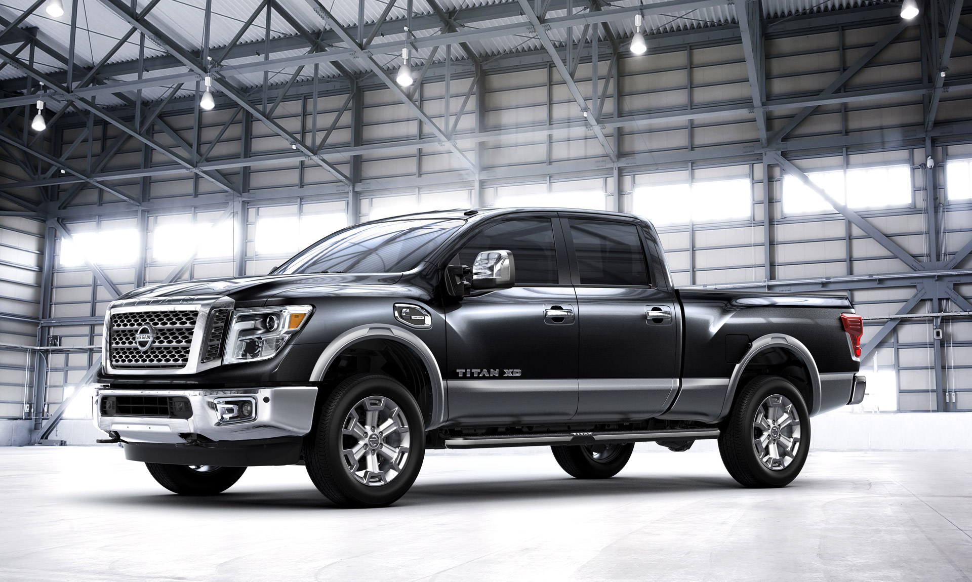 2016 Nissan Titan Xd Black (View 10 of 10)