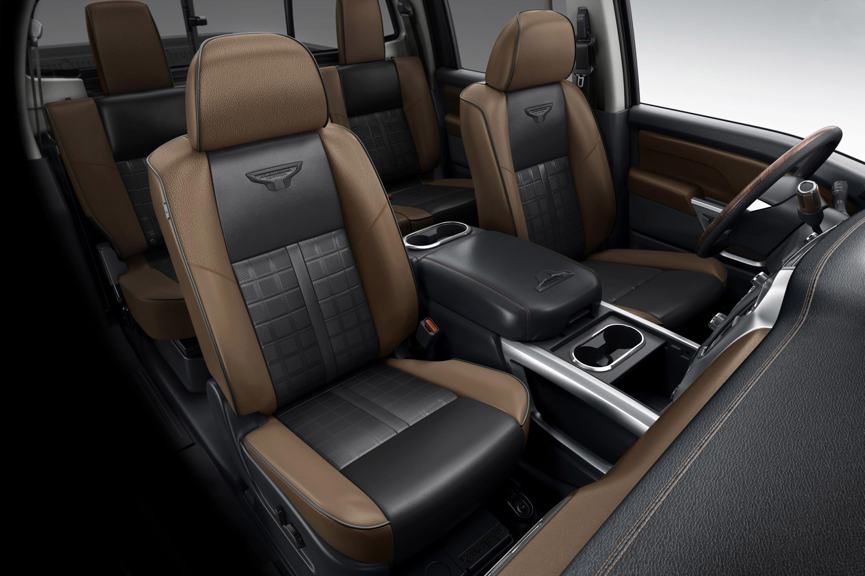 2016 Nissan Titan Xd Interior Seats (View 3 of 10)