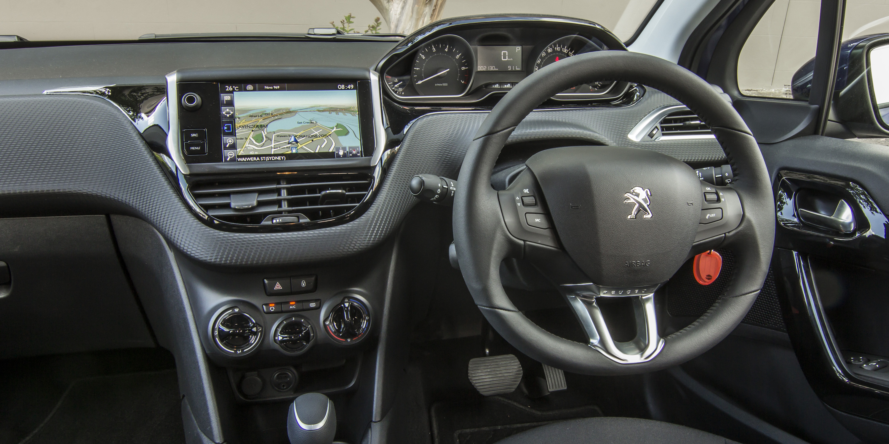 2016 Peugeot 208 Active Cockpit Interior (Photo 2 of 16)