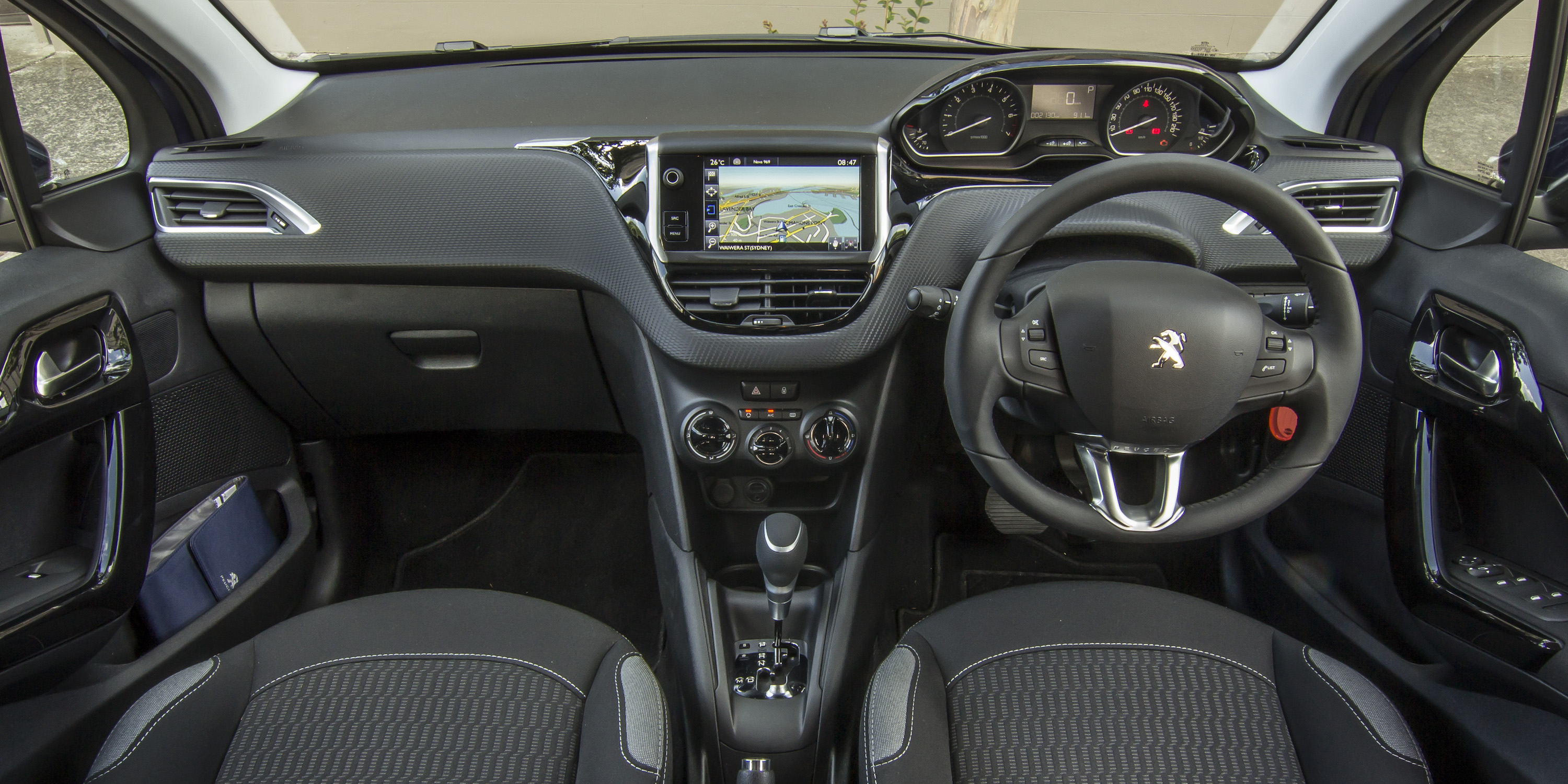 2016 Peugeot 208 Active Interior Preview (Photo 7 of 16)