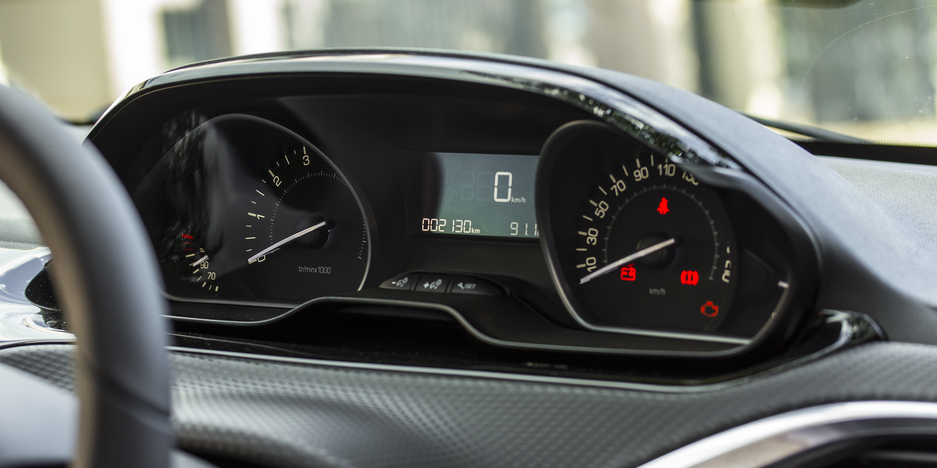 2016 Peugeot 208 Active Speedometer (Photo 13 of 16)