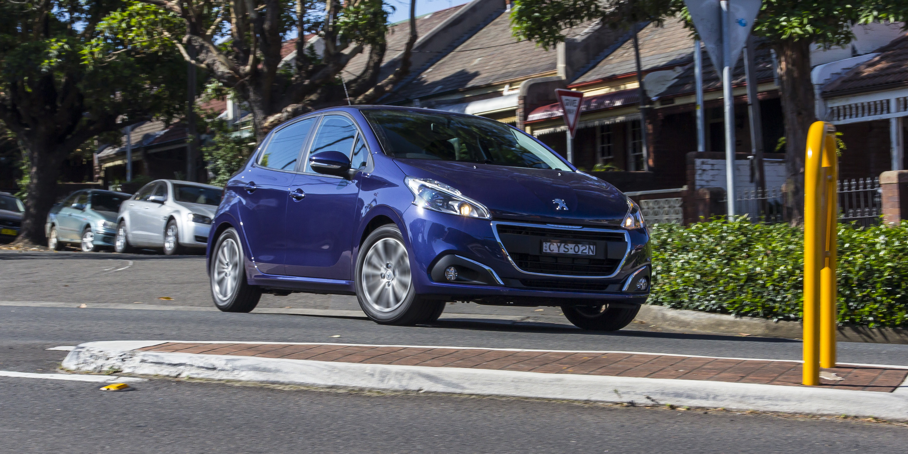 2016 Peugeot 208 Active Test Drive (Photo 14 of 16)