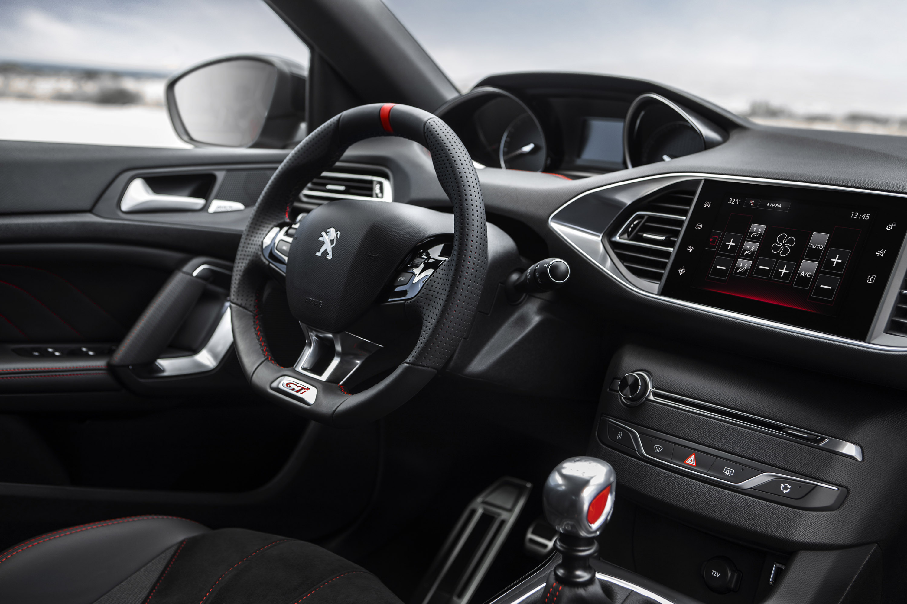 2016 Peugeot 308 Gti Cockpit Interior (Photo 5 of 15)