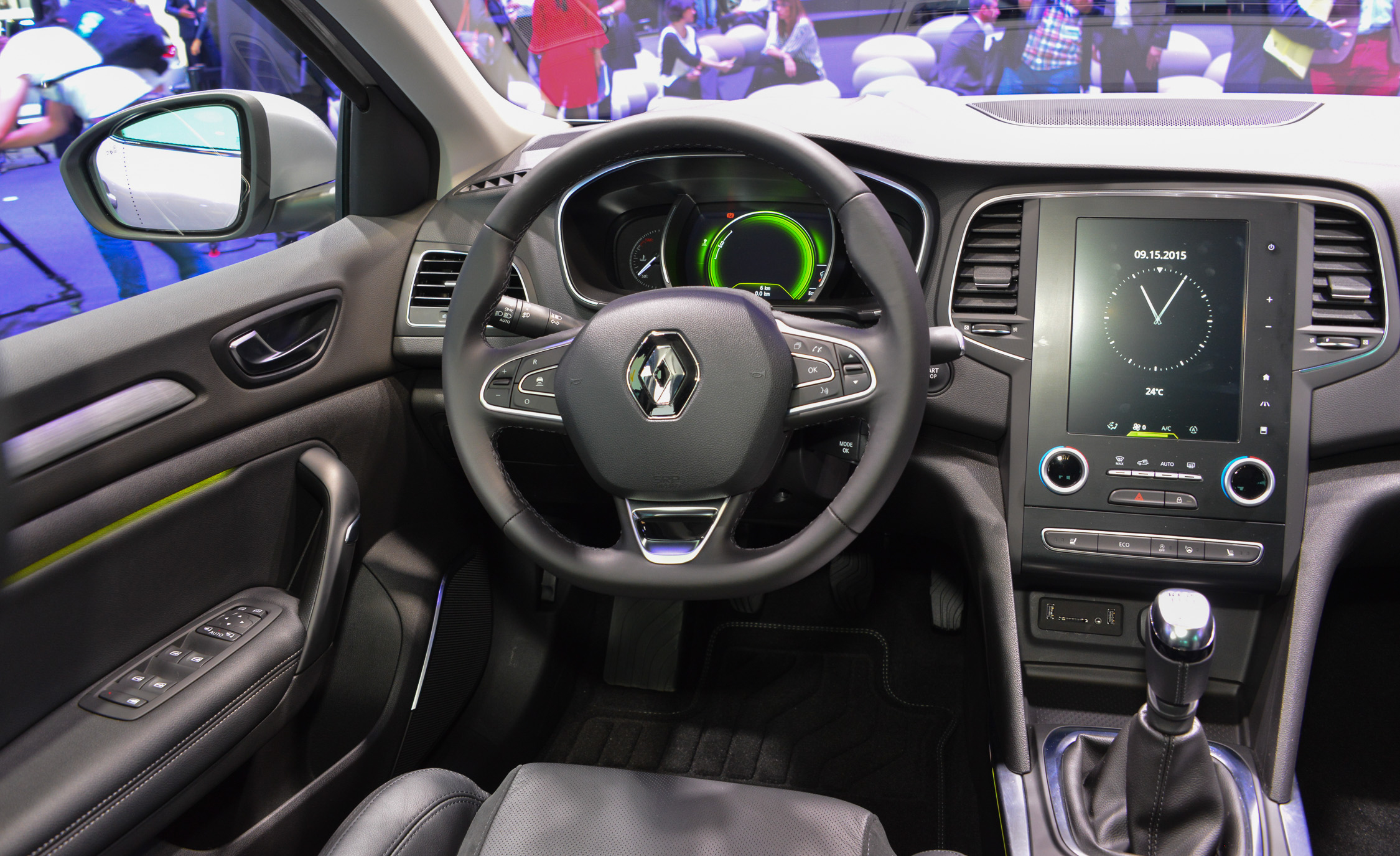 2016 Renault Megane Dashboard And Head Unit (View 17 of 27)