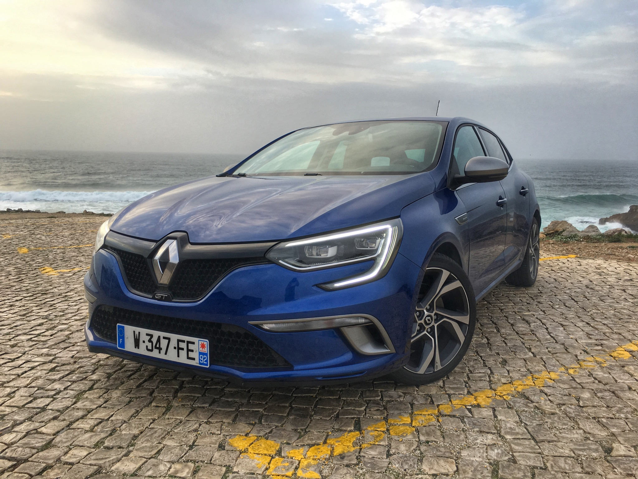 2016 Renault Megane Gt Front Profile (Photo 20 of 27)