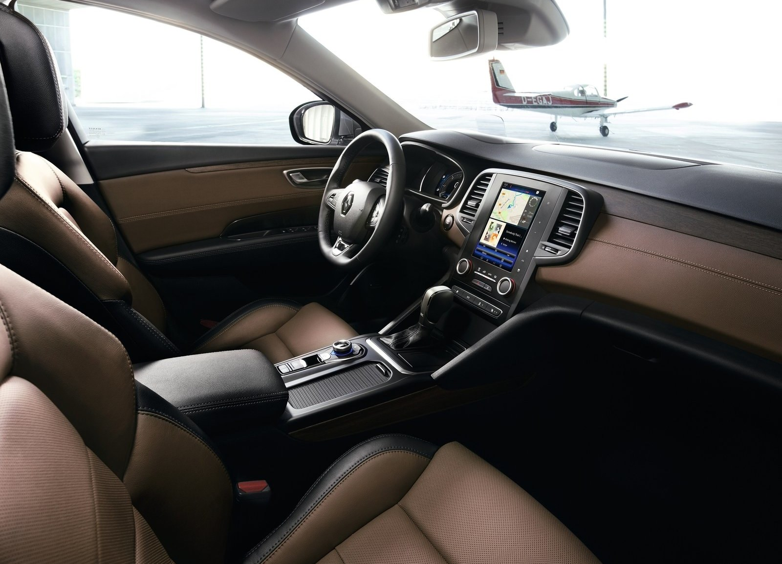 2016 Renault Talisman Front Interior (View 9 of 14)
