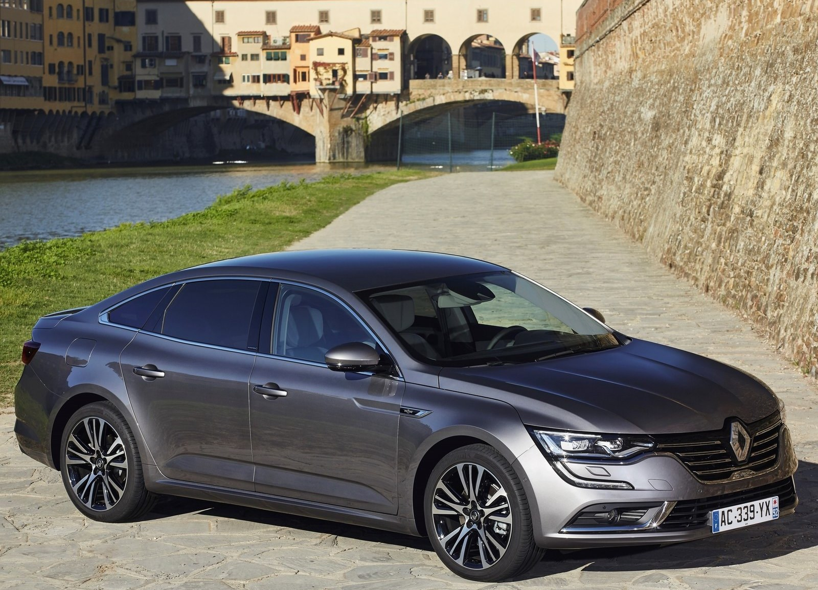 2016 Renault Talisman Side Design (View 4 of 14)