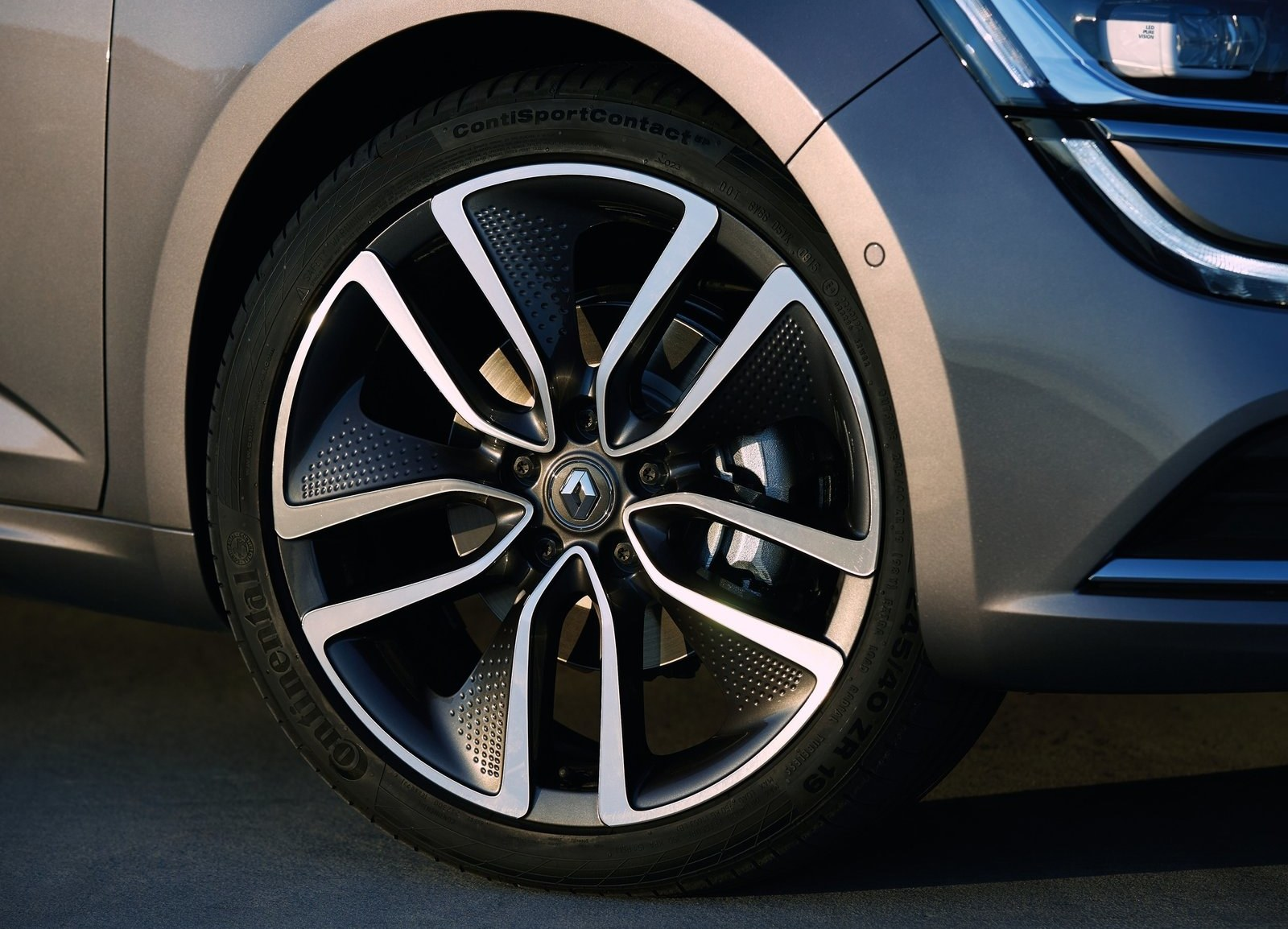 2016 Renault Talisman Velg And Wheel (View 5 of 14)