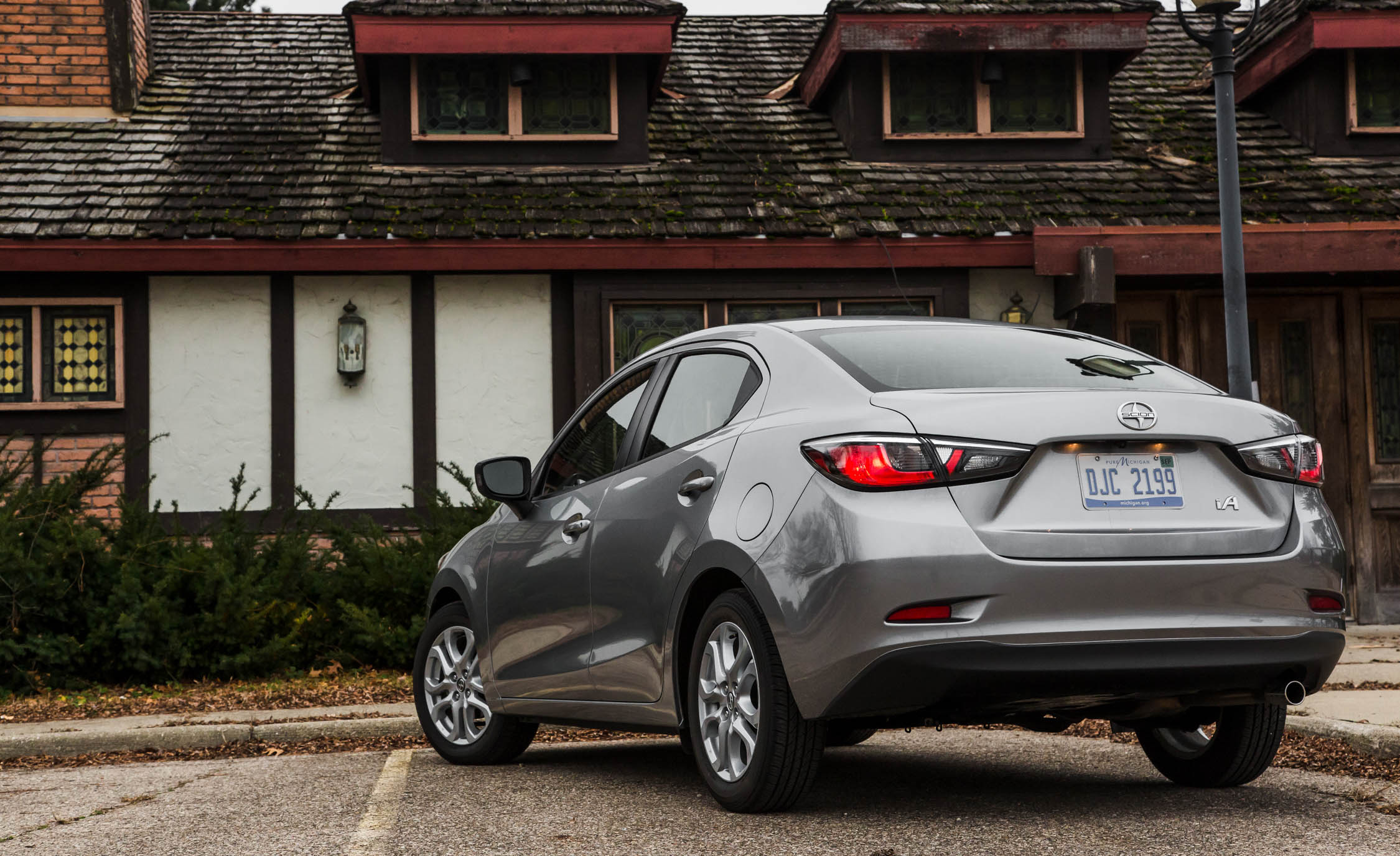 2016 Scion IA (Photo 23 of 32)