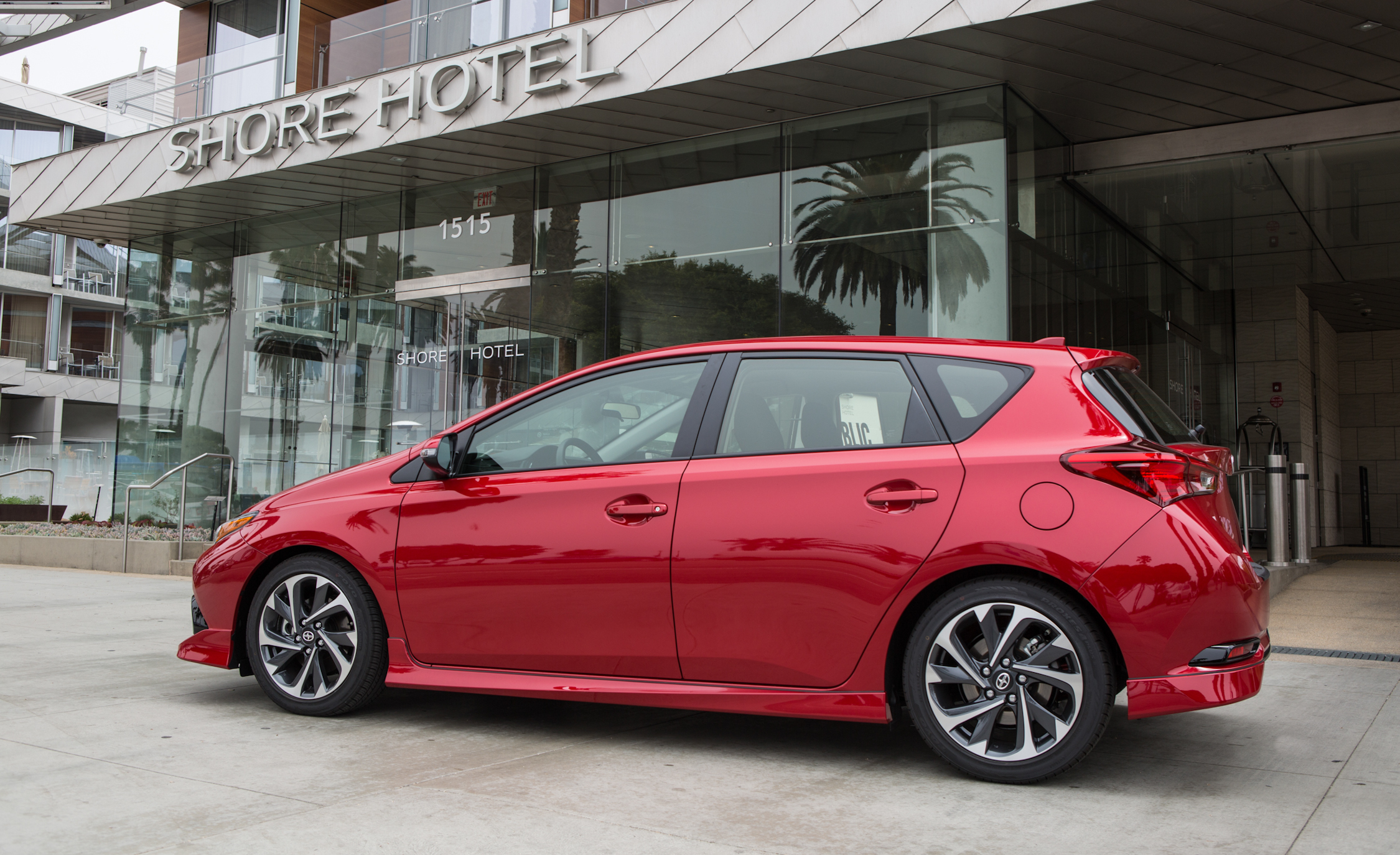 2016 Scion IM (Photo 3 of 20)